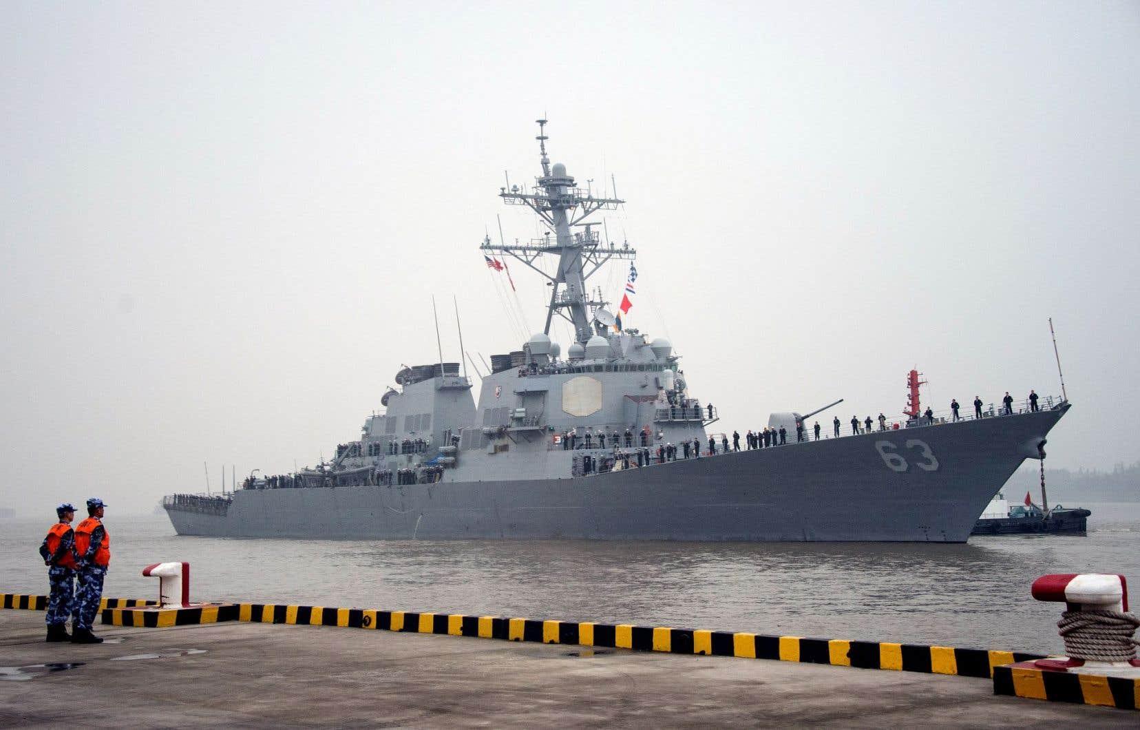 Le «USS Stethem» s'est approché de l'île Triton, un territoire contesté qui est contrôlé par la Chine. Ci-dessus, le navire photographié en 2015 à Shangai.