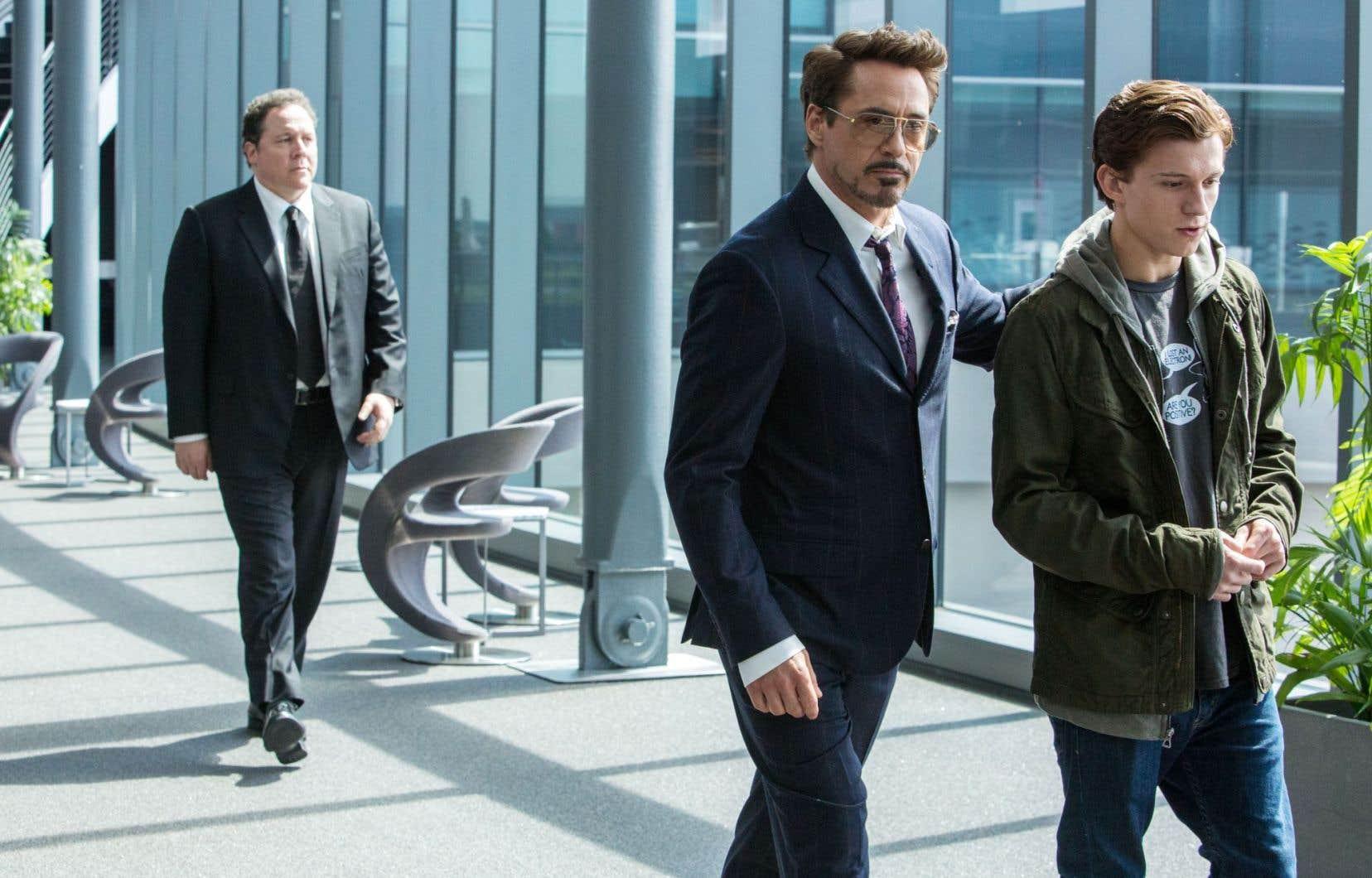 Malgré son héros attachant et l'amusante relation père-fils qui se développe entre Tony Stark et Peter Parker, cette mouture de Spider-Man repose sur un scénario trop mince pour susciter un réel intérêt.