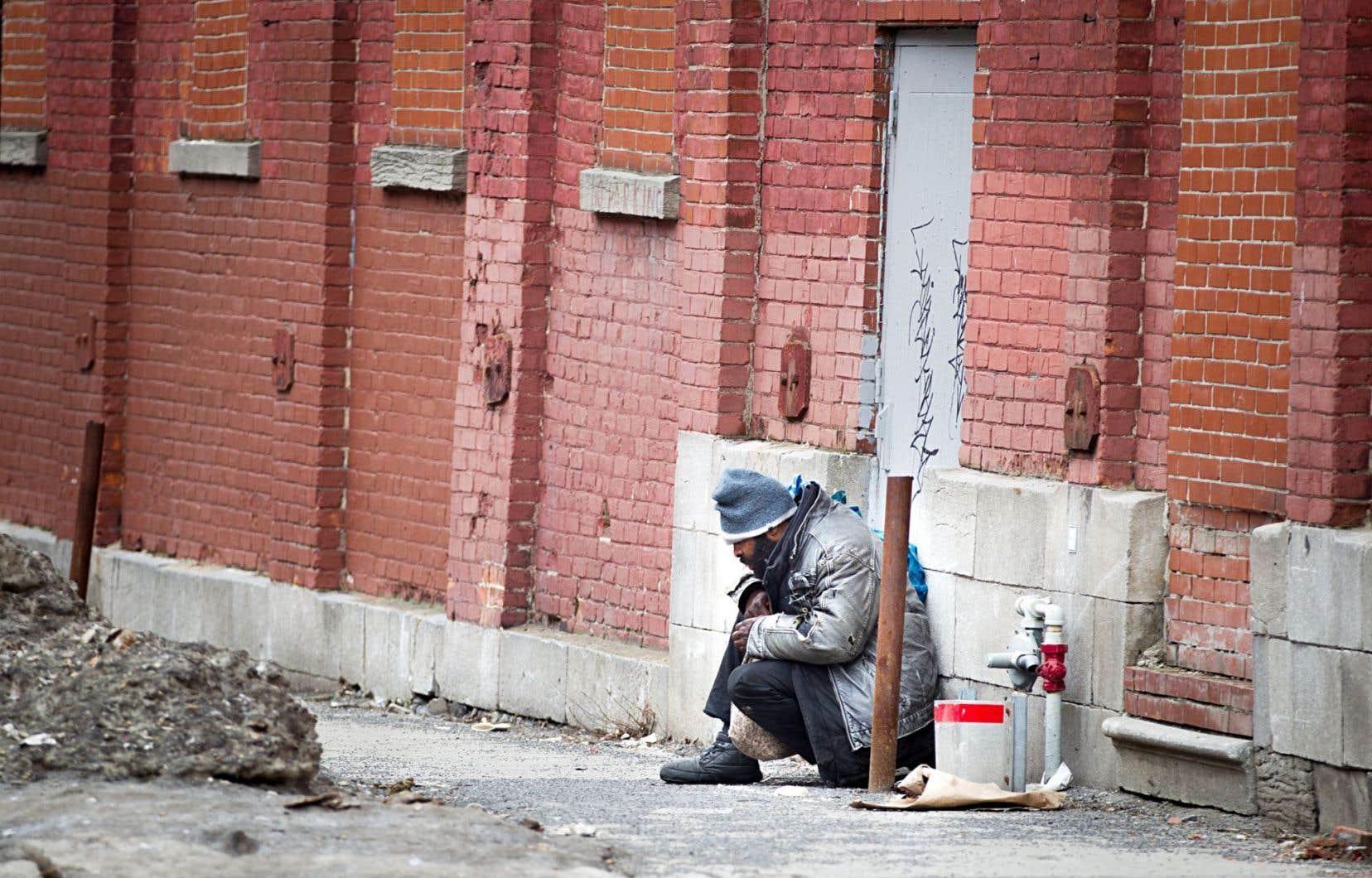 Le Mouvement pour mettre fin à l'itinérance à Montréal (MMFIM) s'est donné l'objectif ambitieux de permettre à 2000 personnes de retrouver un logis d'ici 2020.