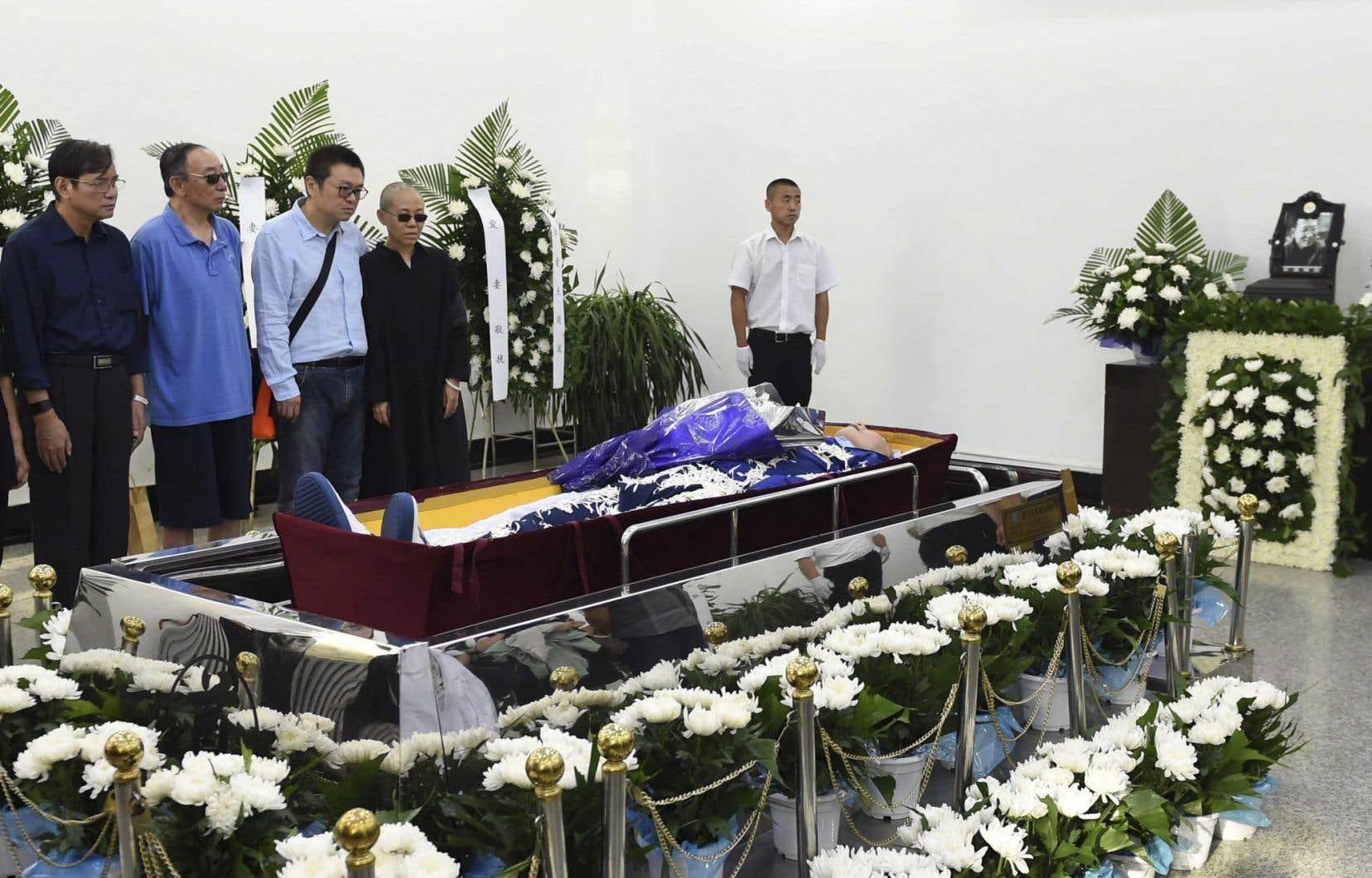 Une cérémonie funéraire a été organisée à l'abri des regards pour Liu Xiaobo.