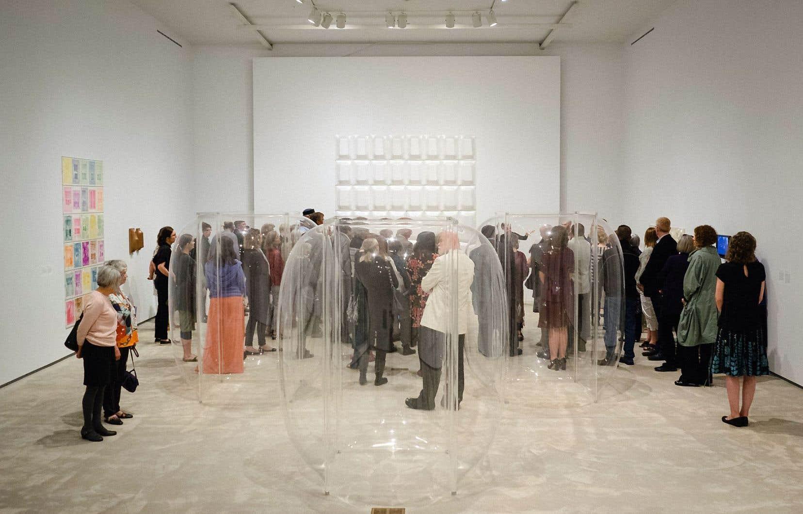 Vue sur l'exposition «Transmedia» au Agnes Etherington Art Centre