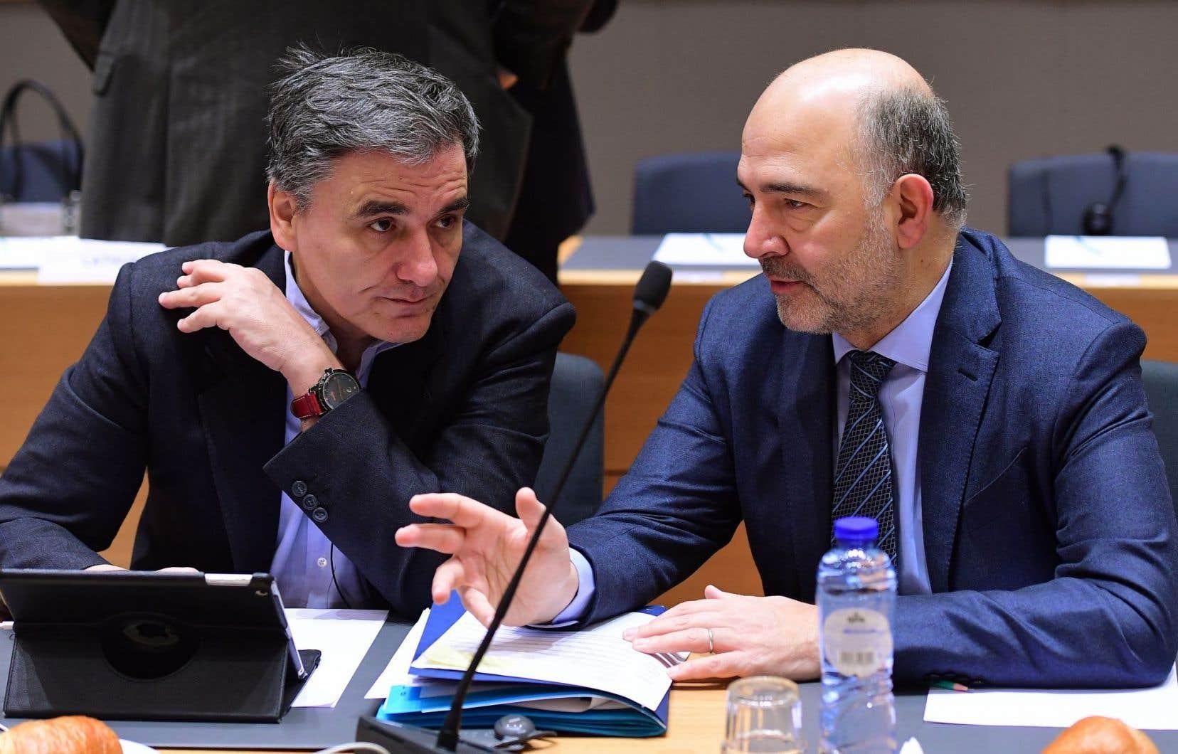 Le ministre grec des Finances, Euclide Tsakalotos, et le commissaire européen aux Affaires économiques, Pierre Moscovici