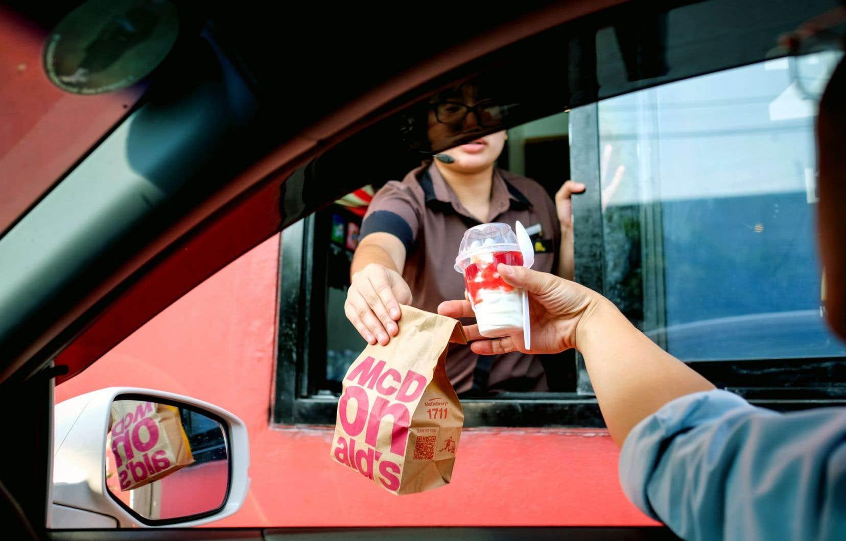 «Nous sommes en train de construire un meilleur McDonald's et les clients le remarquent», a déclaré le p.-d.g. Steve Easterbrook, arrivé aux commandes en mars 2015.
