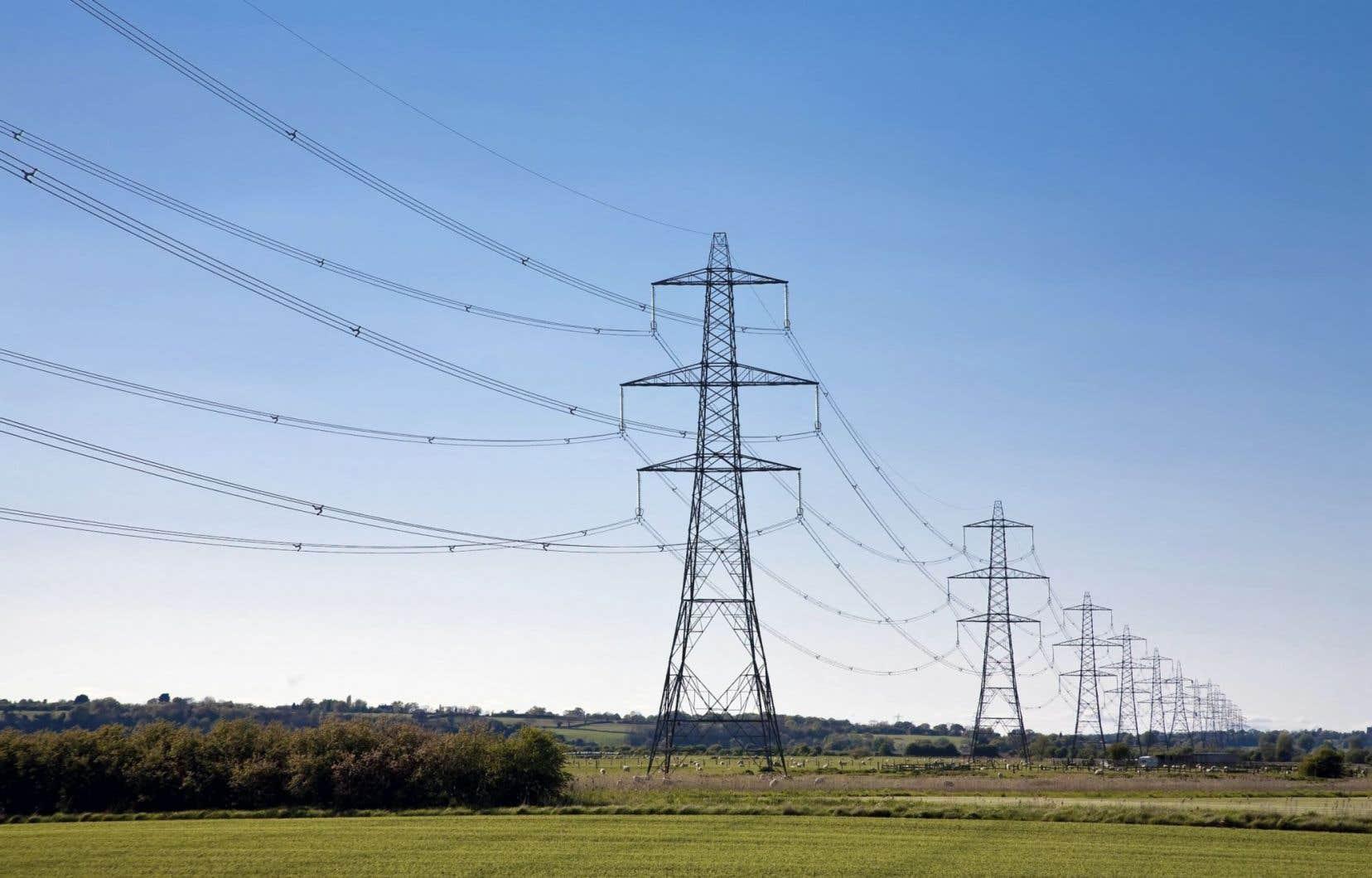 La société d'État propose trois lignes de transport afin d'acheminer l'électricité au Massachusetts, soit par des interconnexions situées au Vermont, au Maine ainsi qu'au New Hampshire avec le Northern Pass.