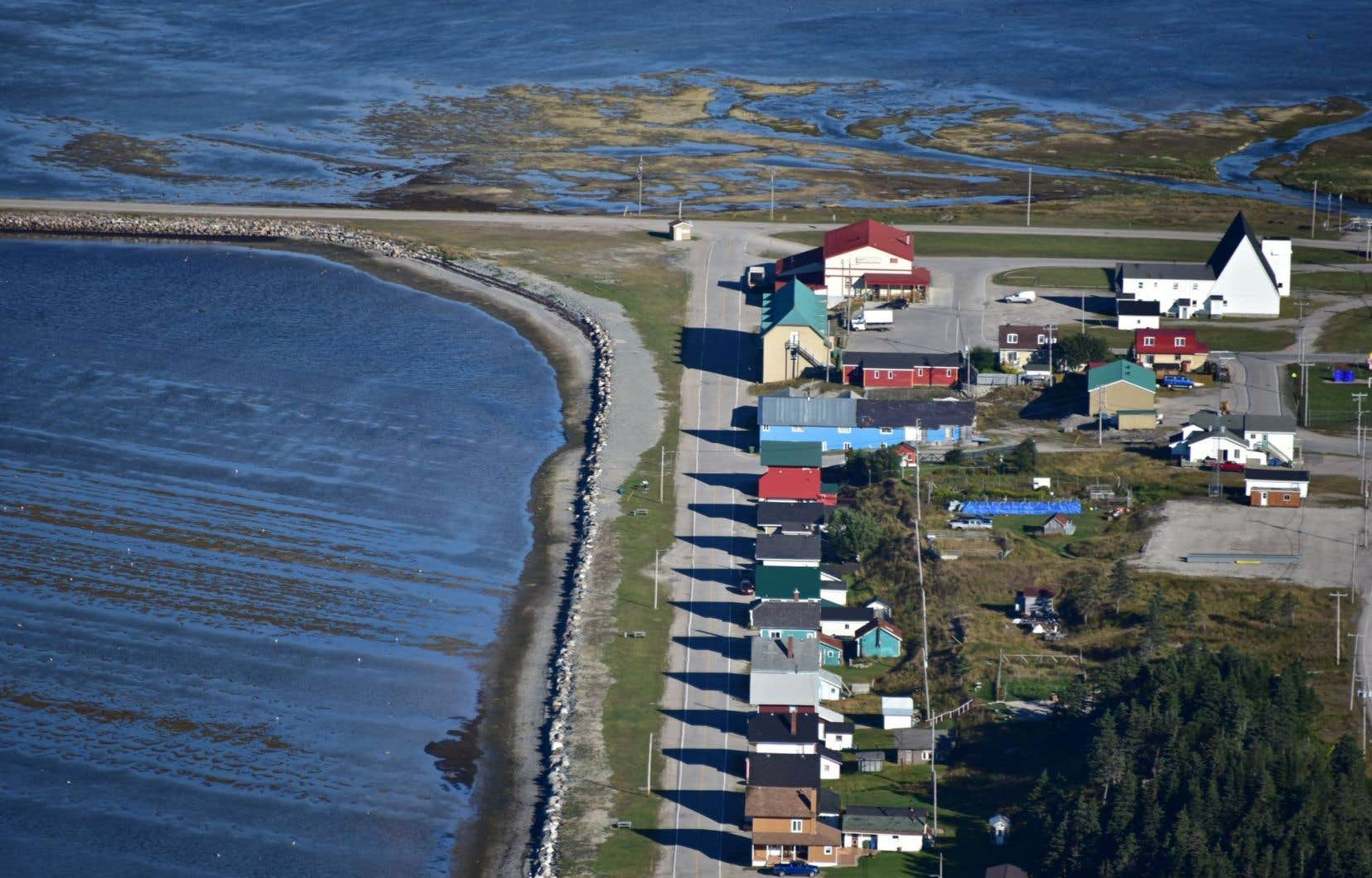 Le village de Port-Menier sur l'île d'Anticosti