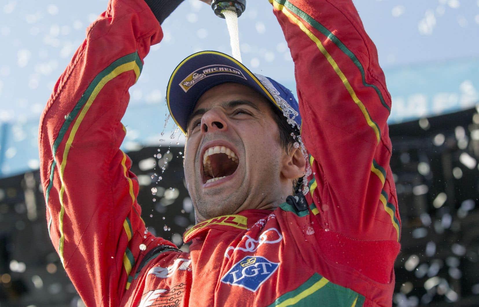 Malgré la victoire du Français Jean-Éric Vergne, le Brésilien Di Grassi a remporté dimanche le championnat des pilotes de Formule E.