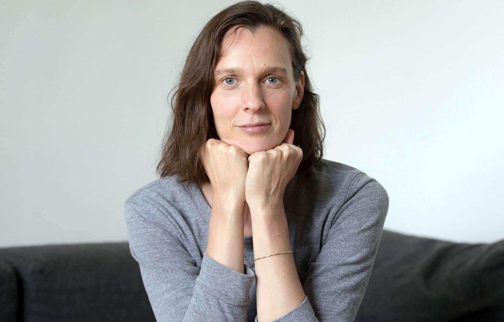 Comédienne diplômée en 2006, Amélie Dallaire a fait ses gammes d'auteure grâce à la liberté informelle du Théâtre tout Court.