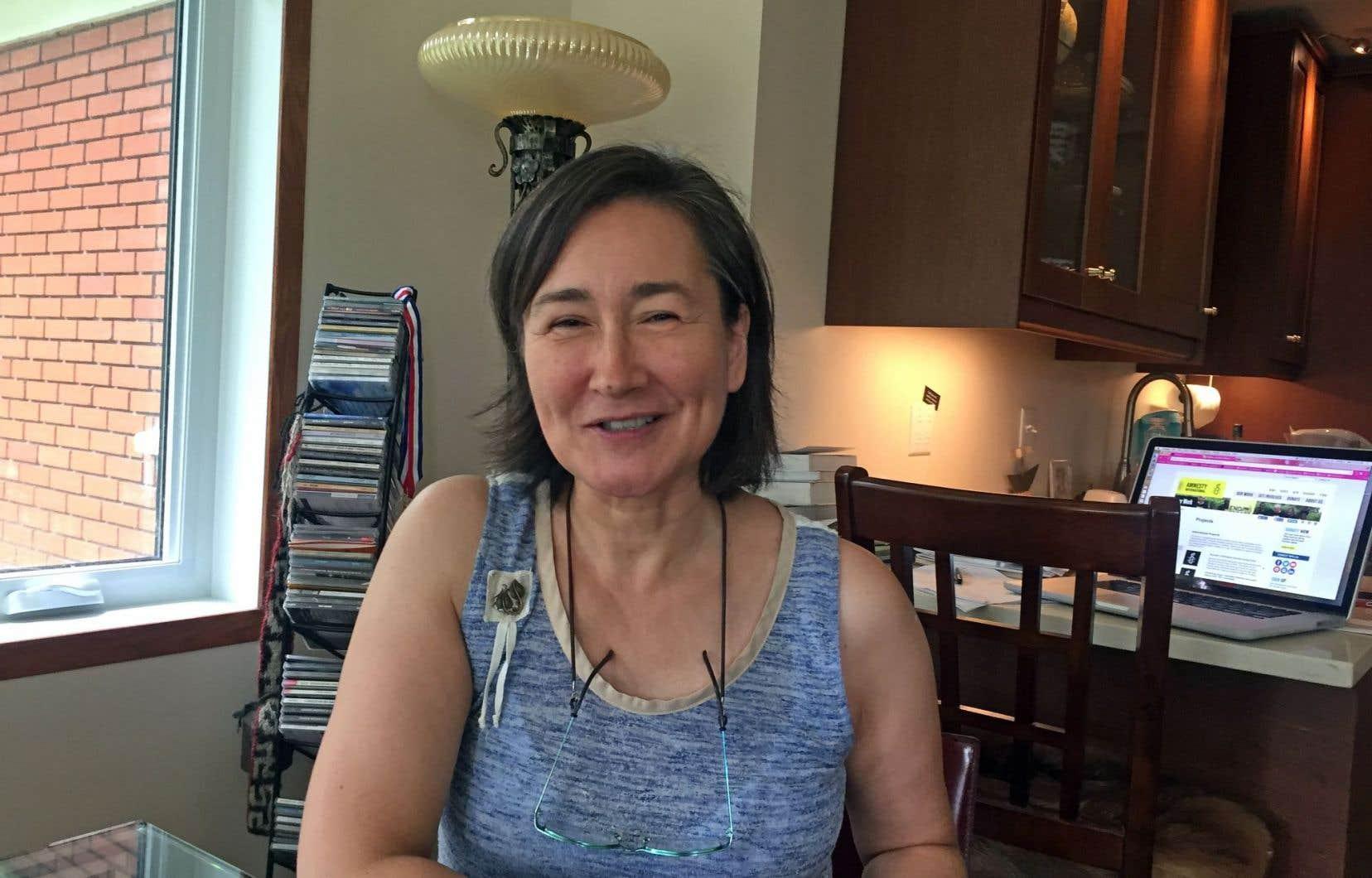 Lisa Koperqualuk travaille à la création d'un programme centré sur la culture inuite pour les diplômés inuits du secondaire.