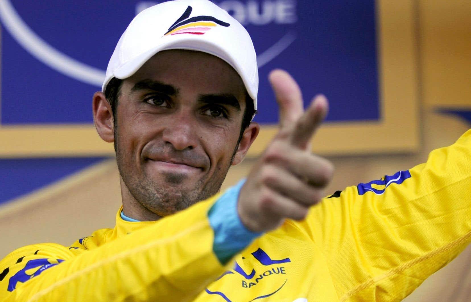 Contador s'est imposé à neuf reprises entre2007 et2015 dans tous les grands tours, inscrivant son nom au palmarès du Giro, du Tour de France et de la Vuelta.