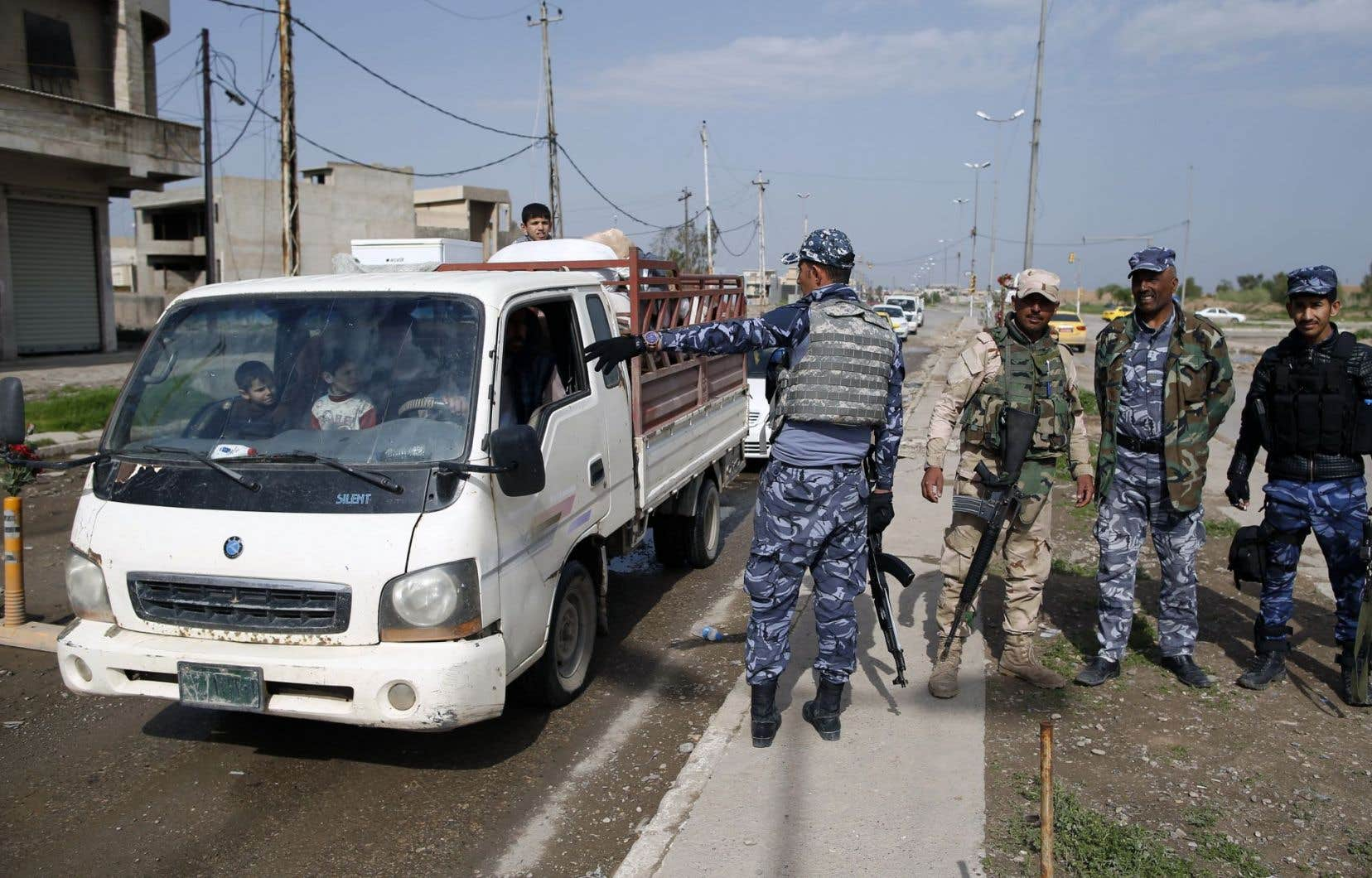Les forces de sécurité irakiennes ont mis près de huit mois à reprendre au groupe État islamique la plupart des infrastructures policières de la ville de Mossoul.
