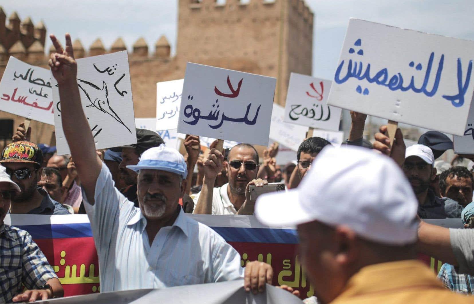 Les manifestants dénoncent la «marginalisation» de leur région.