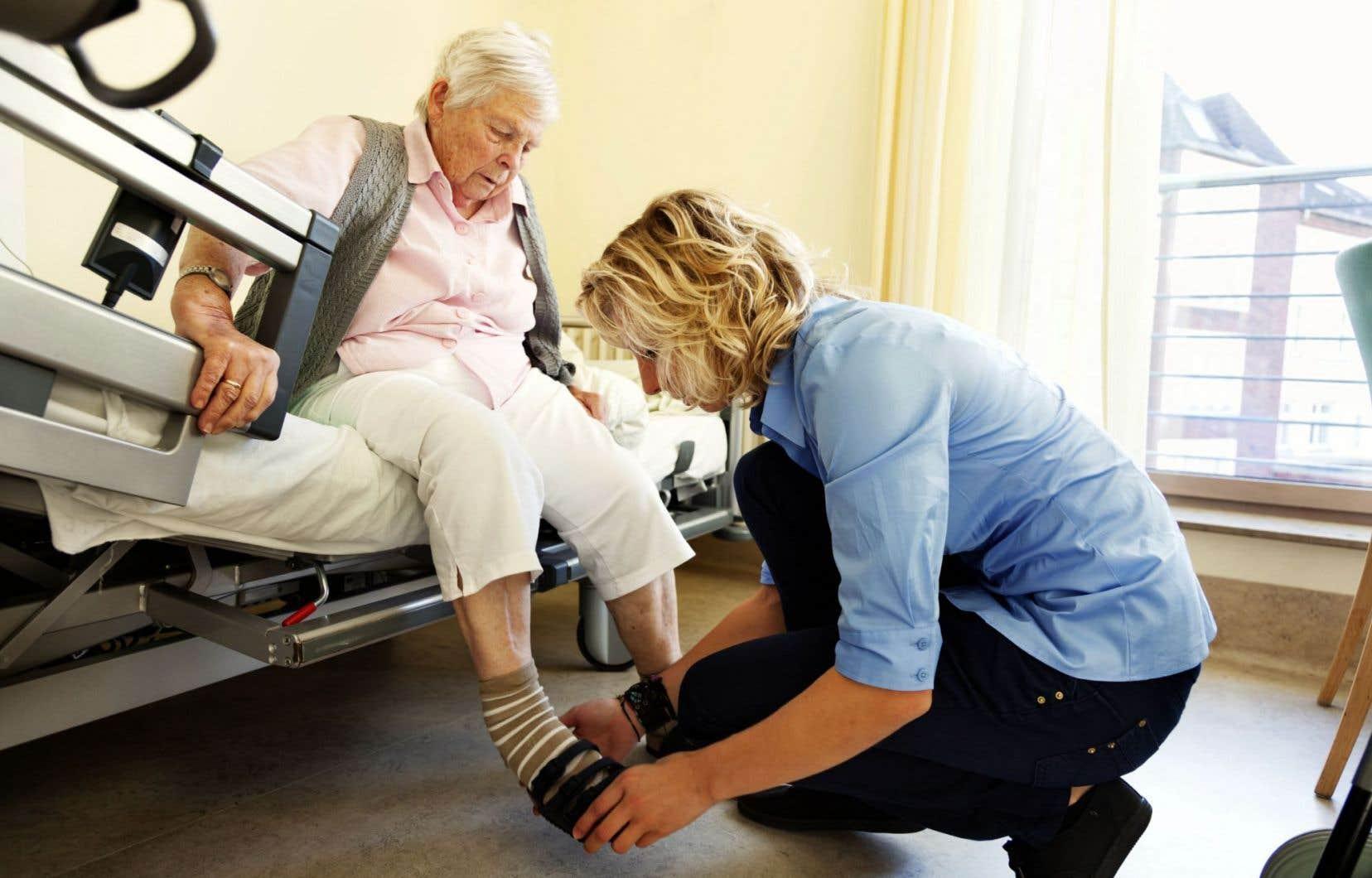 Les résidences privées pour personnes âgées et les centres d'hébergement et de soins de longue durée éprouvent des difficultés pour recruter des préposés aux bénéficiaires.