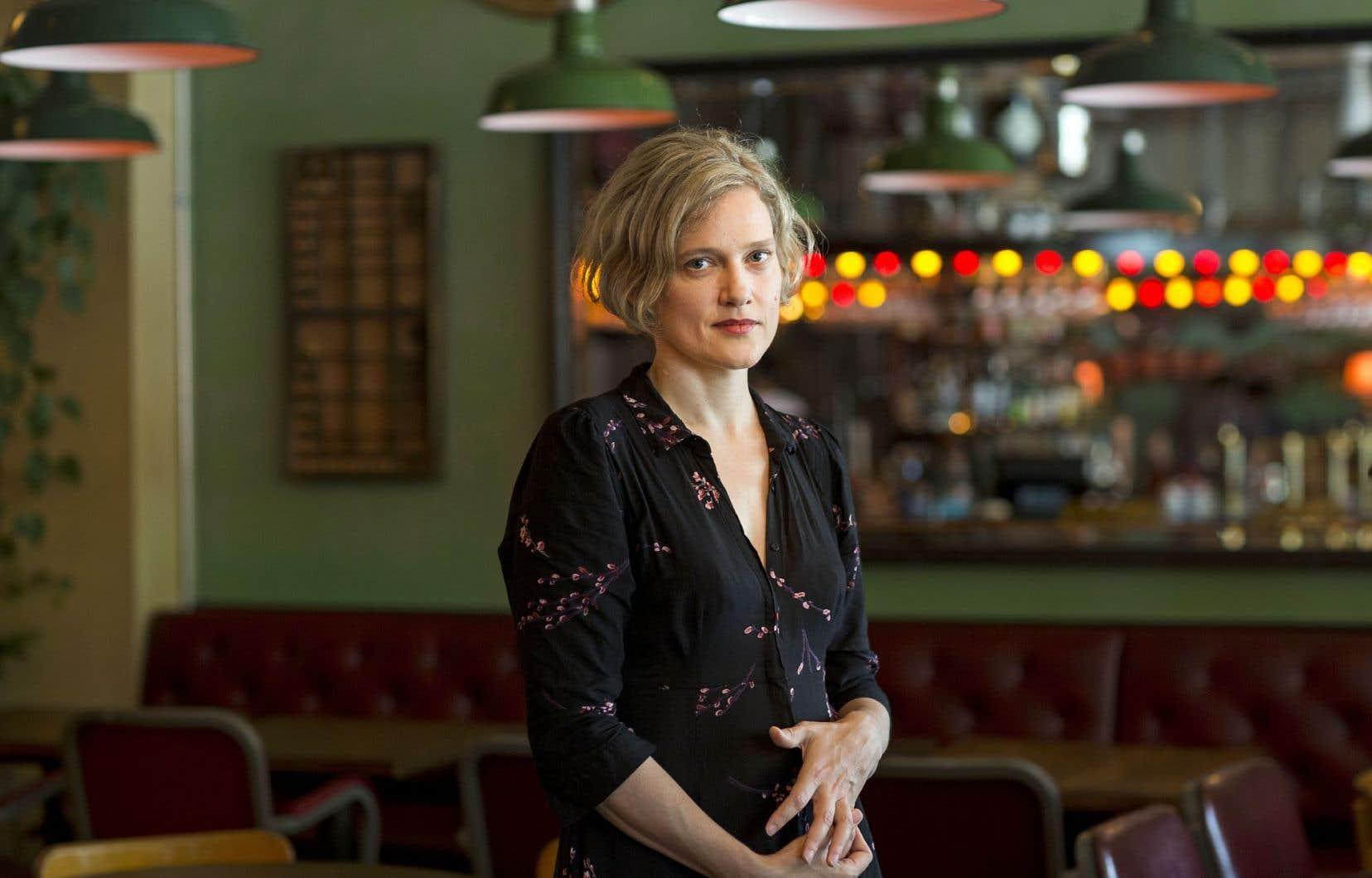 L'auteure québécoise Heather O'Neill voyage d'hier à aujourd'hui, faisant joyeusement fi des anachronismes.