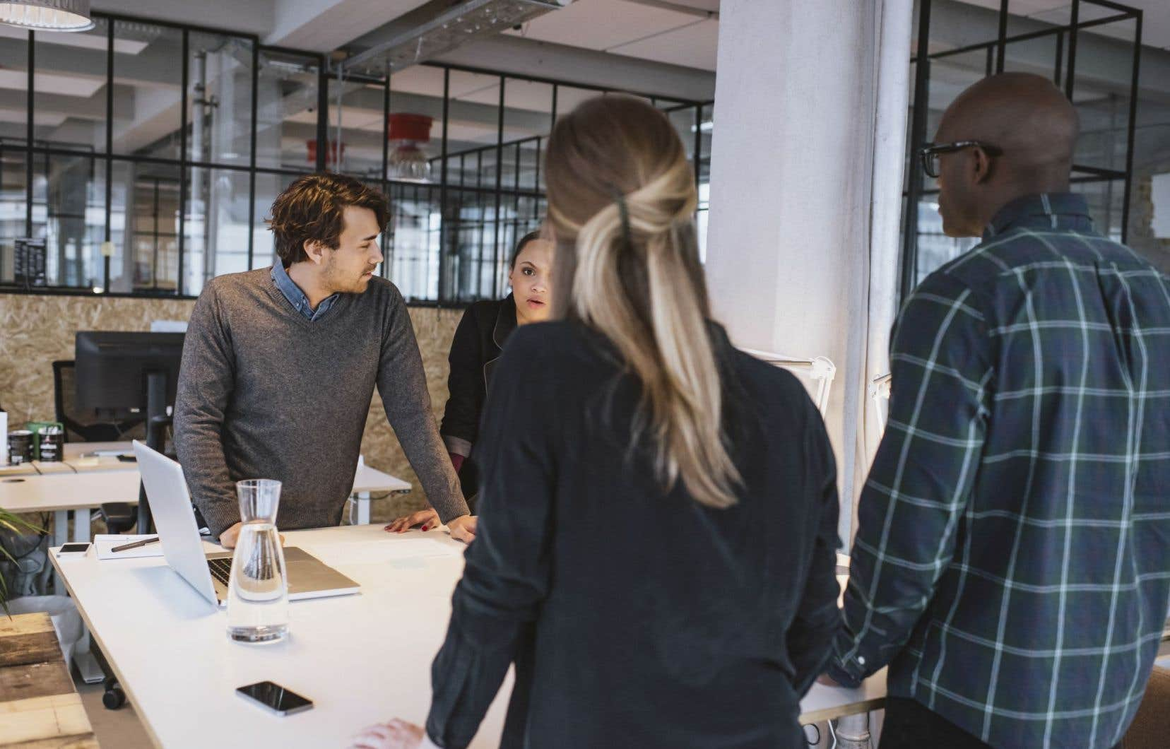 L'anglais est très présent dans le monde de l'entrepreneuriat, particulièrement dans le secteur technologique.