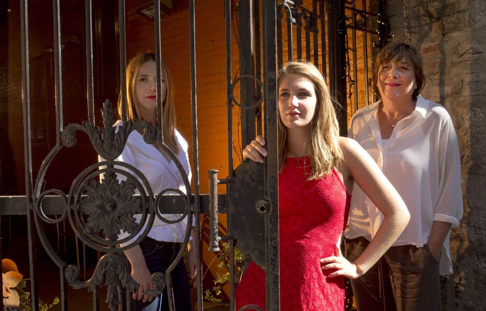 Les comédiennes Karine Vanasse et Sophie Nélisse jouent une mère et sa fille pour la réalisatrice Léa Pool dans «Et au pire, on se mariera».