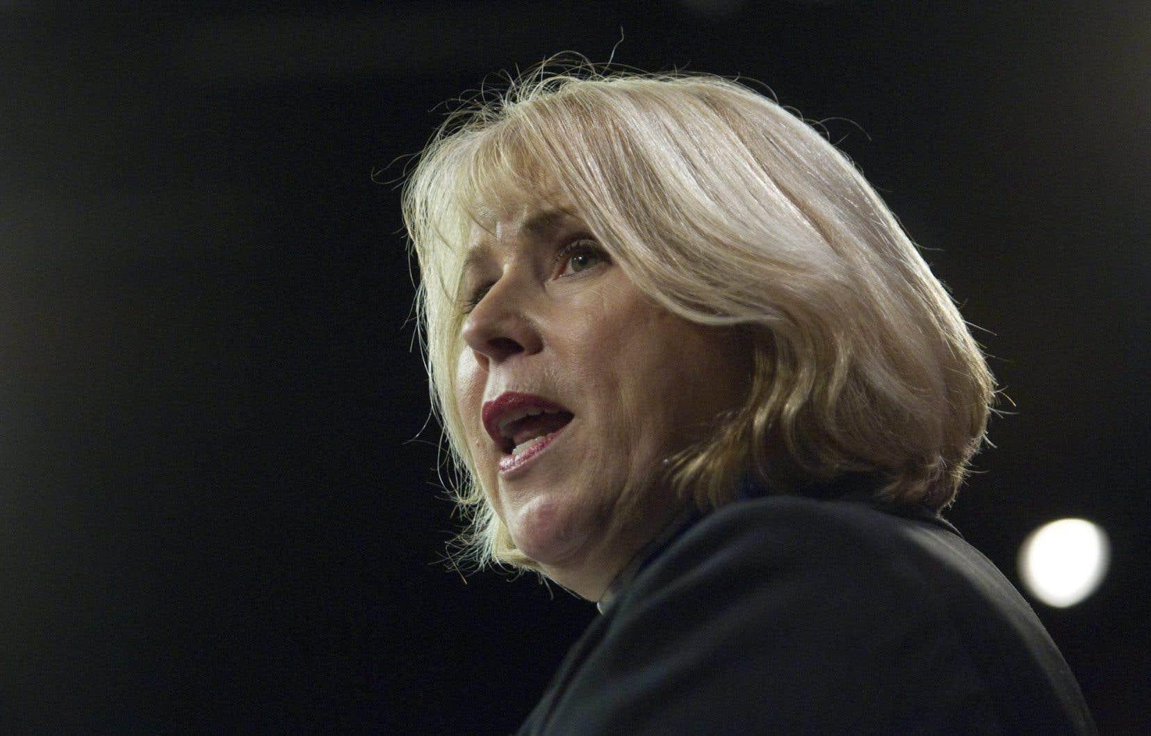 La ministre de l'Enseignement supérieur de l'Ontario, Deb Matthews