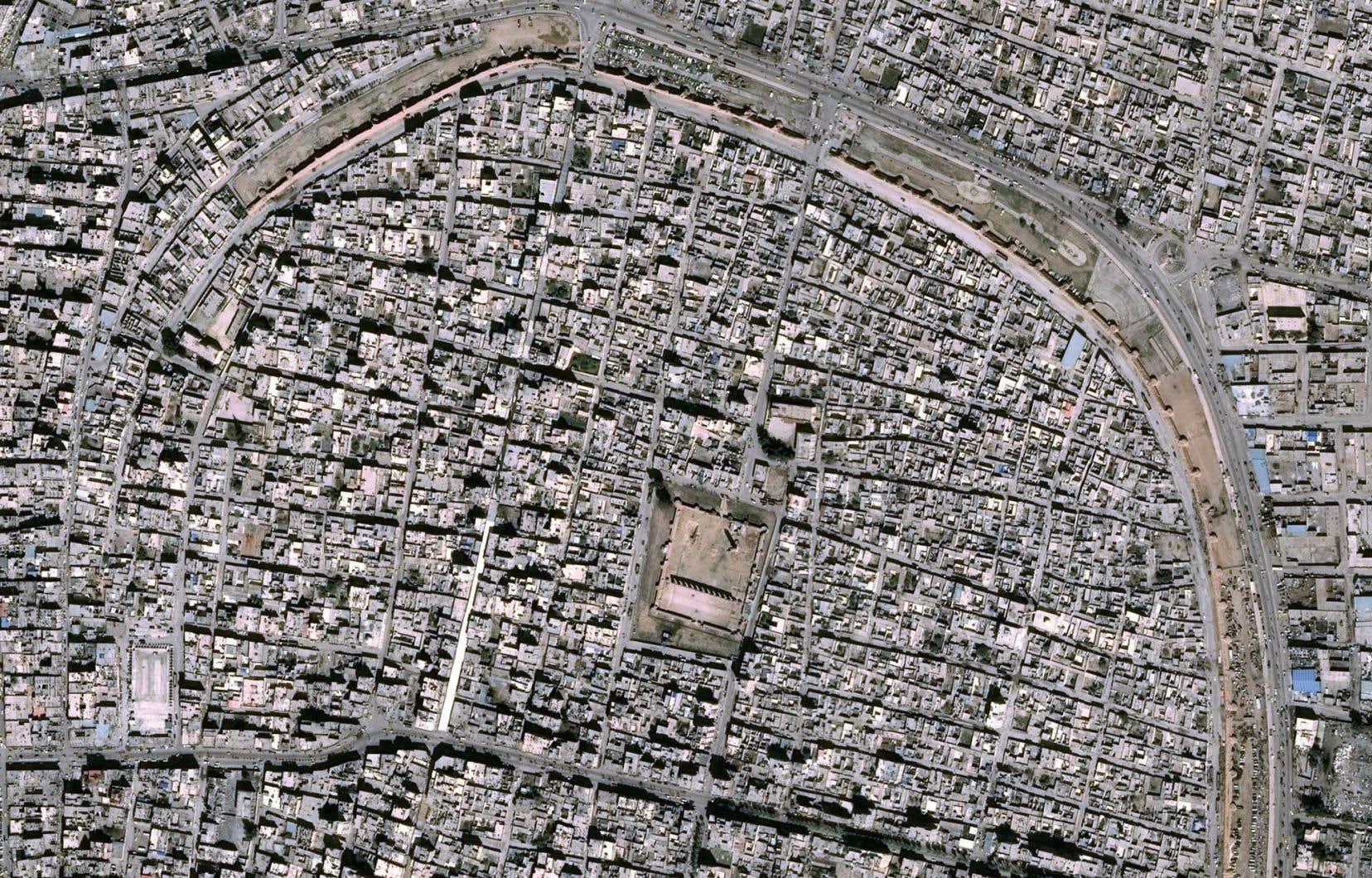 L'alliance anti-groupe EI s'empare de la vieille ville de Raqqa en Syrie