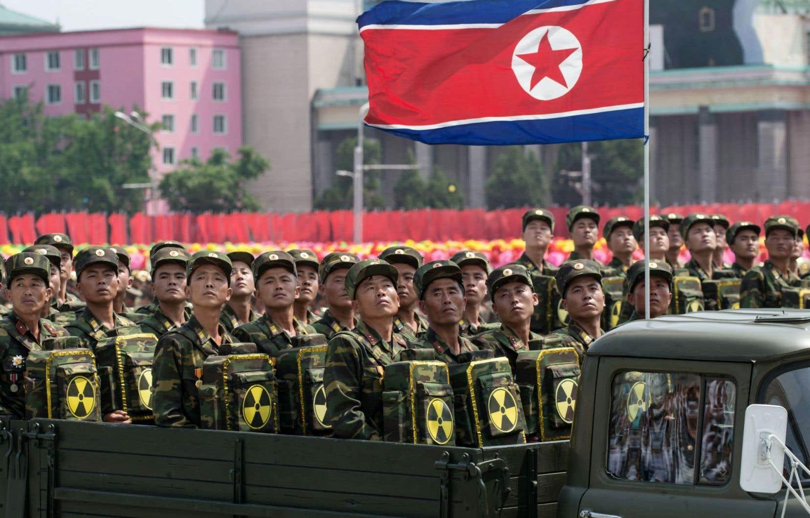 L'armée populaire de Corée, en juillet 2013, paradant à Pyongyang.