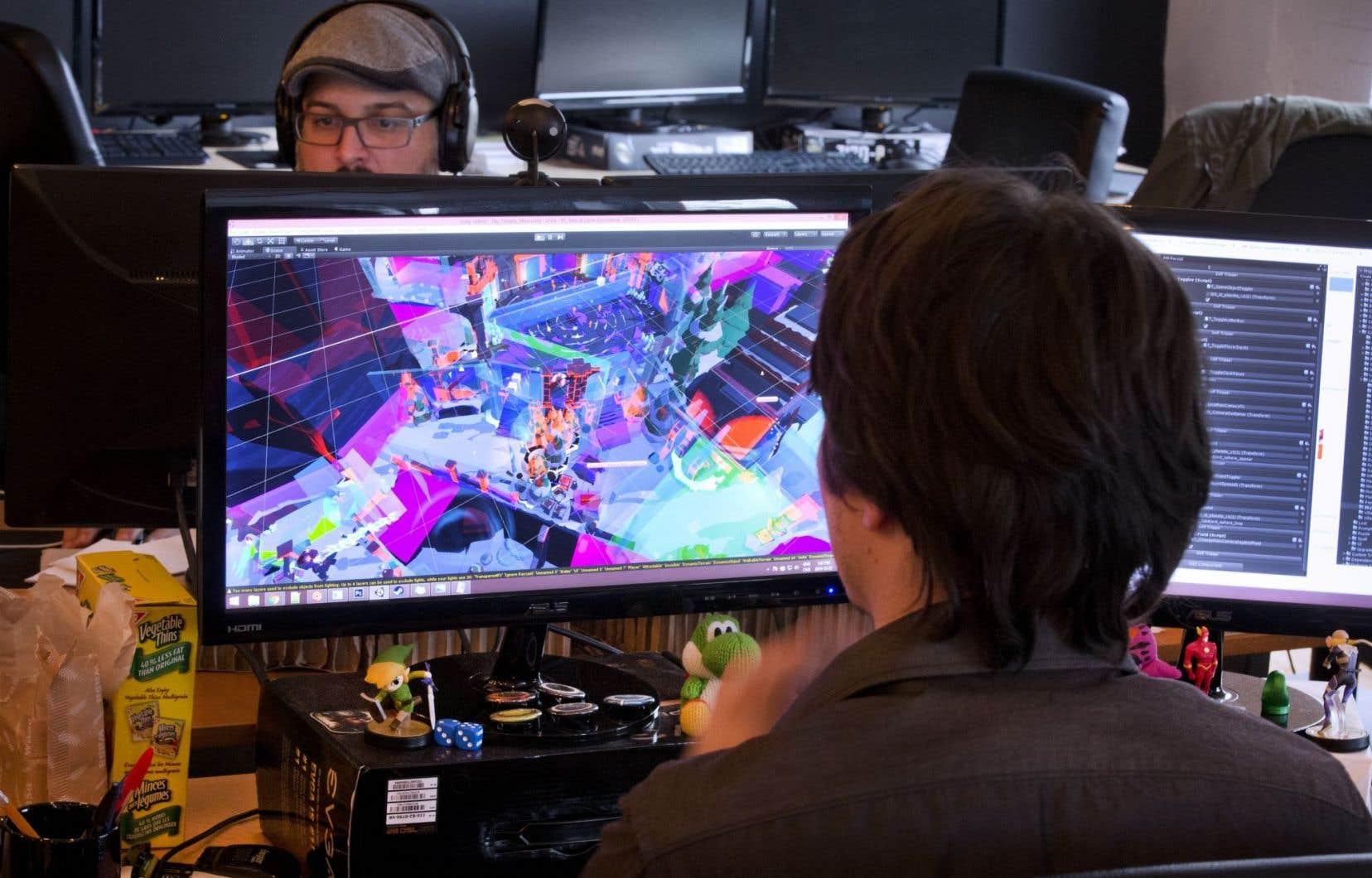 Les bureaux d'une équipe de production de jeux vidéos indépendants.