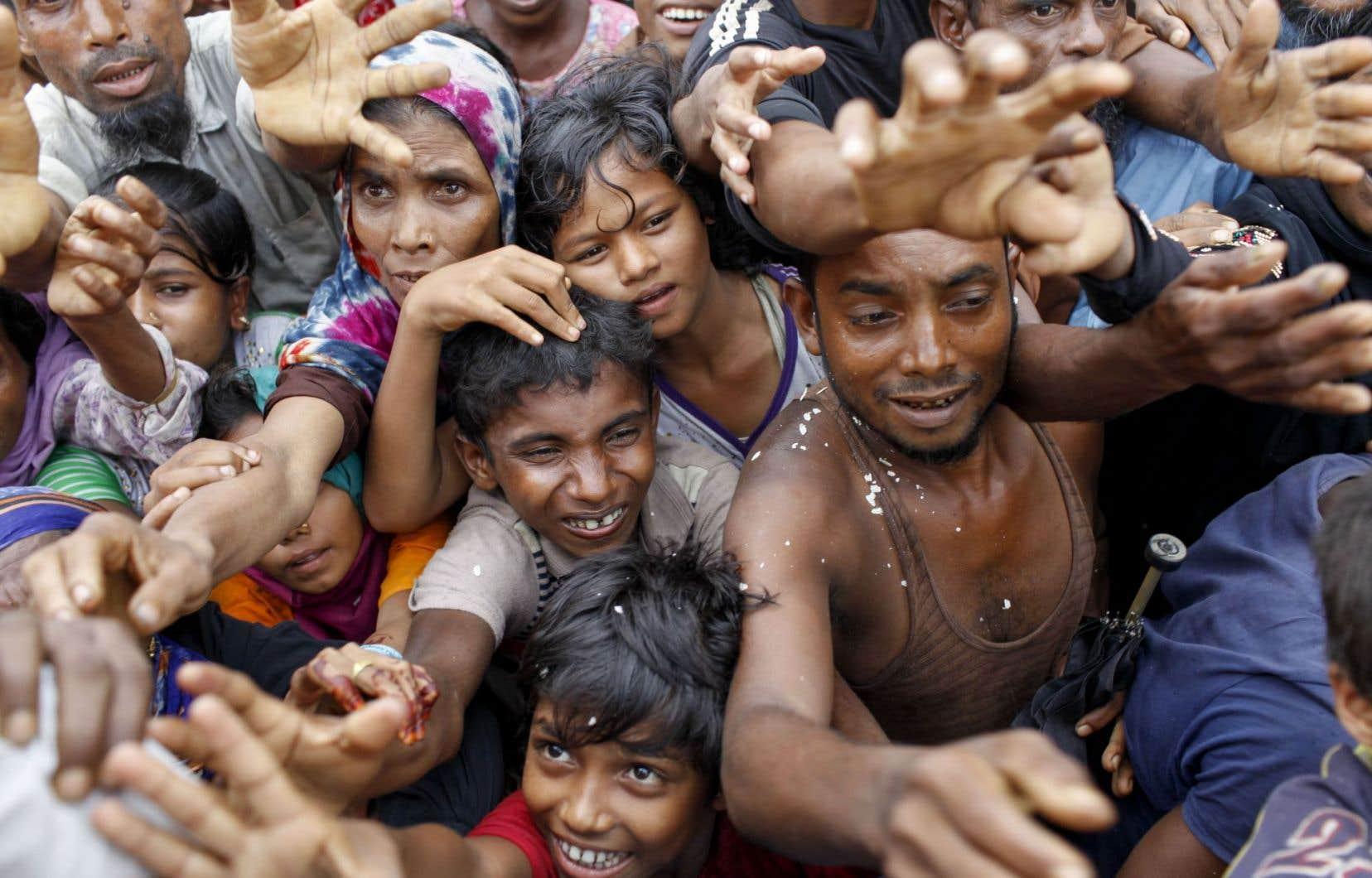 La Maison-Blanche s'est de son côté déclarée lundi «profondément troublée» par la crise des Rohingyas.