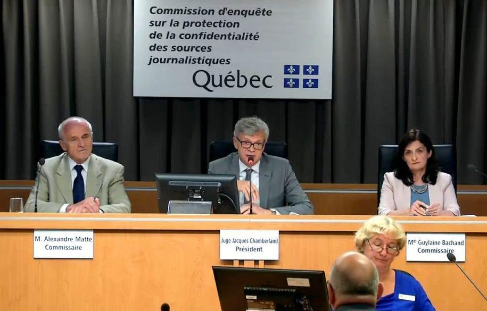La Commission d'enquête sur la protection de la confidentialité des sources a entendu mercredi ses derniers mémoires.