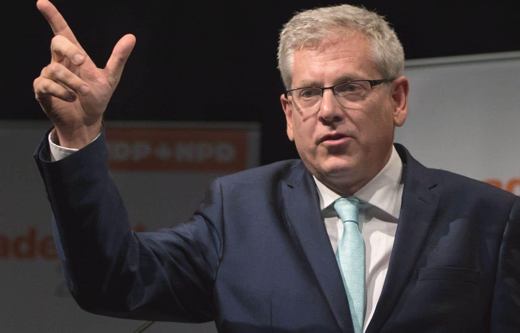 Dans une lettre ouverte envoyée au «Devoir», M. Angus écrit qu'il «considère que l'Assemblée nationale a la légitimité de tenir les débats de société qu'elle souhaite».