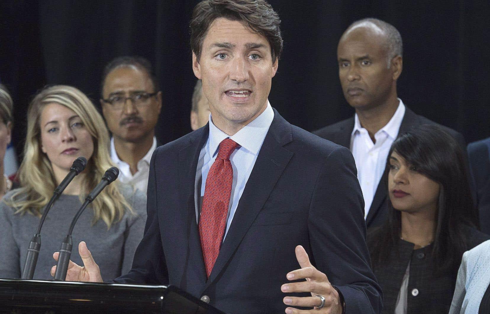 Justin Trudeau a de nouveau défendu le coût de ses vacances.
