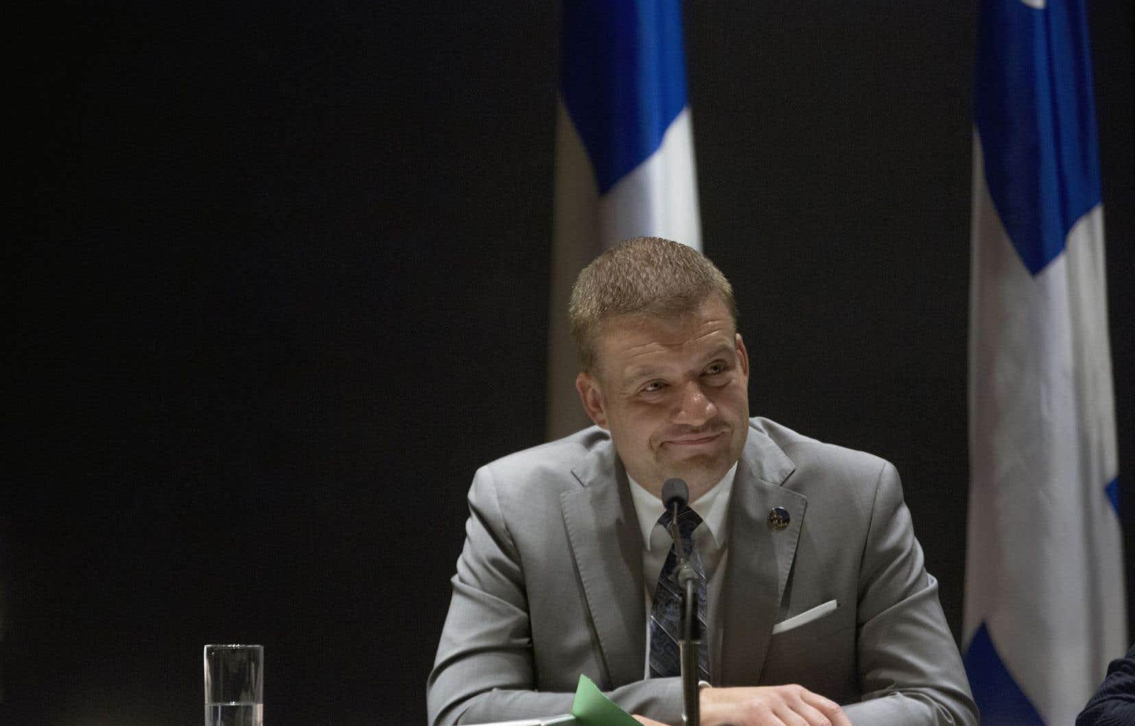Leministre de la Culture et des Communications, Luc Fortin