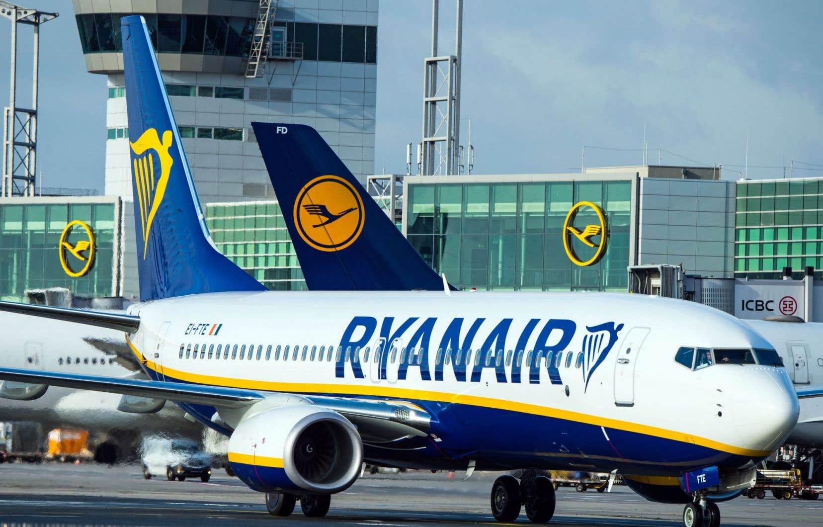 Dans les années 1990 et 2000, Ryanair s'était fait la réputation d'une compagnie peu chère, mais aussi peu aimable avec ses passagers.