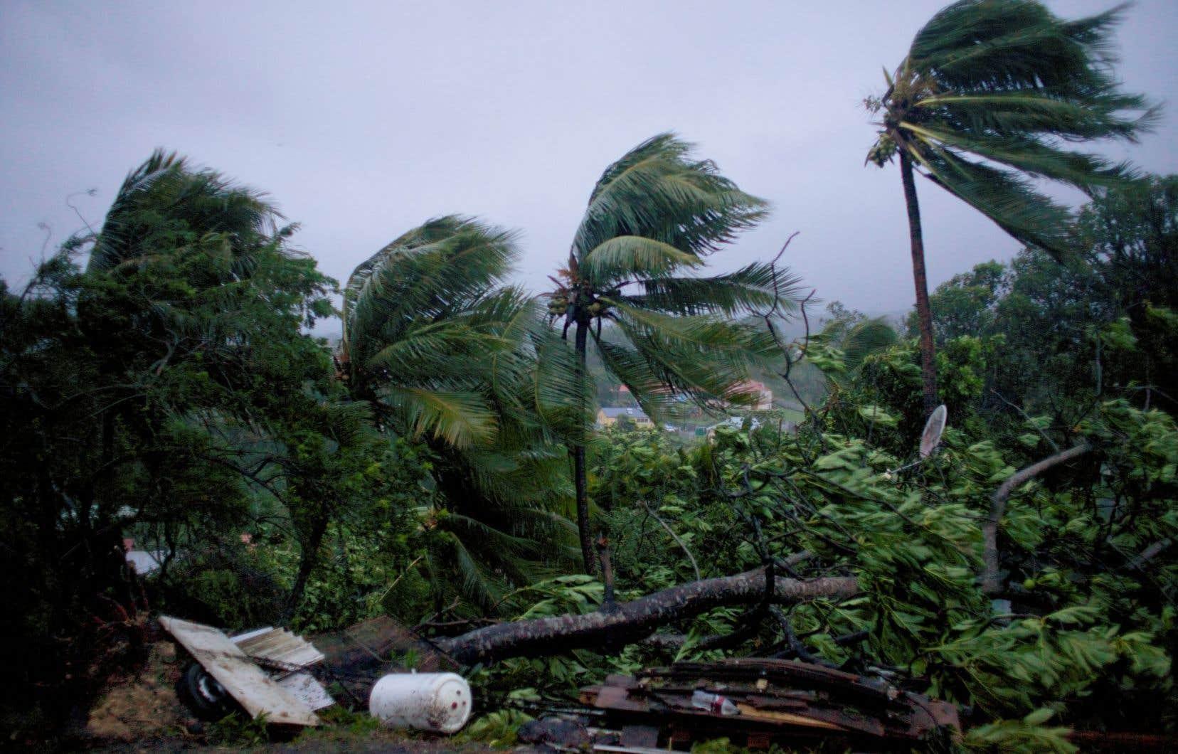 <p>Déjà ravagée par le cyclone «Irma» il y a une dizaine de jours, toute la région a été mise en état d'alerte avant le passage de «Maria».</p> <em></em>