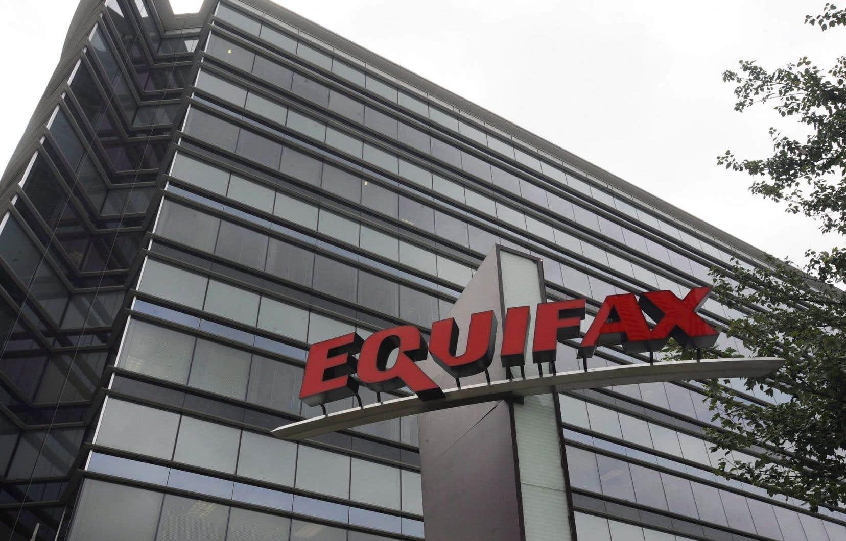 <p>Les pirates ont obtenu l'accès à des dossiers contenant les données personnelles de clients canadiens par le biais d'une application Web d'Equifax destinée aux consommateurs américains.</p>