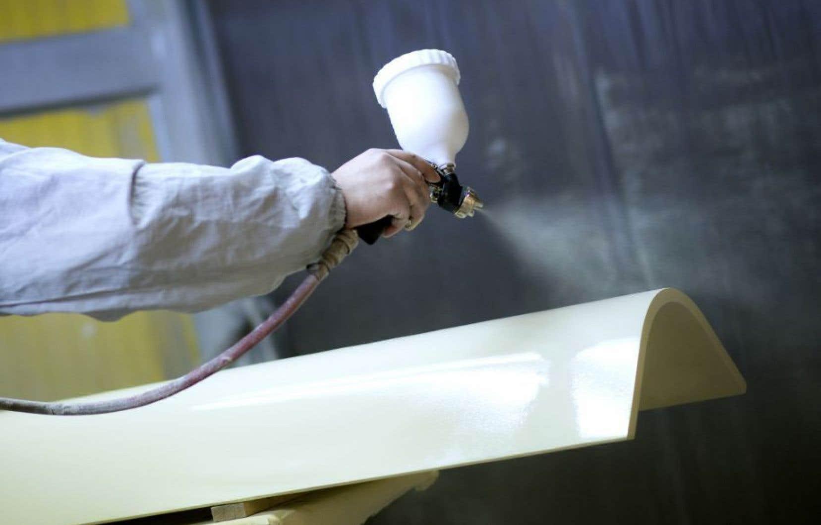 Depuis cinq ans, des résidants du secteur Cap-Rouge se plaignent des odeurs émanant de l'entreprise spécialisée en peinture de pièces métalliques.