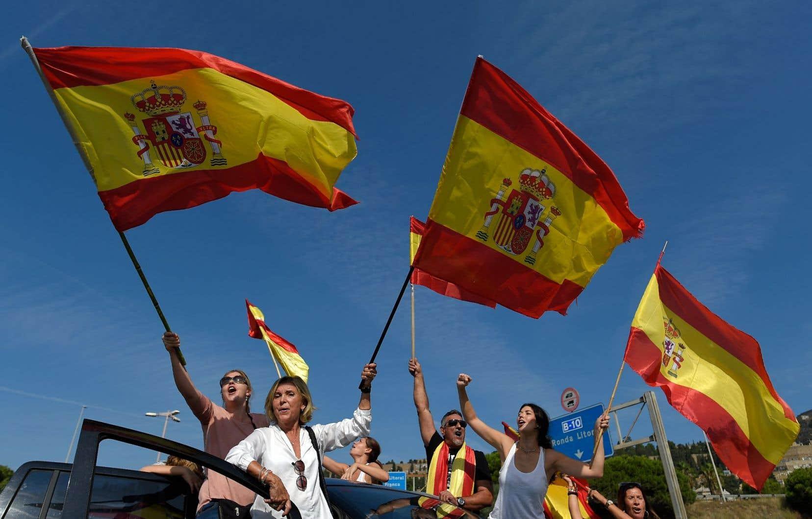 Selon la Garde civile espagnole, ces rassemblements sont «spontanés» et les participants se sont retrouvés grâce au bouche-à-oreille.