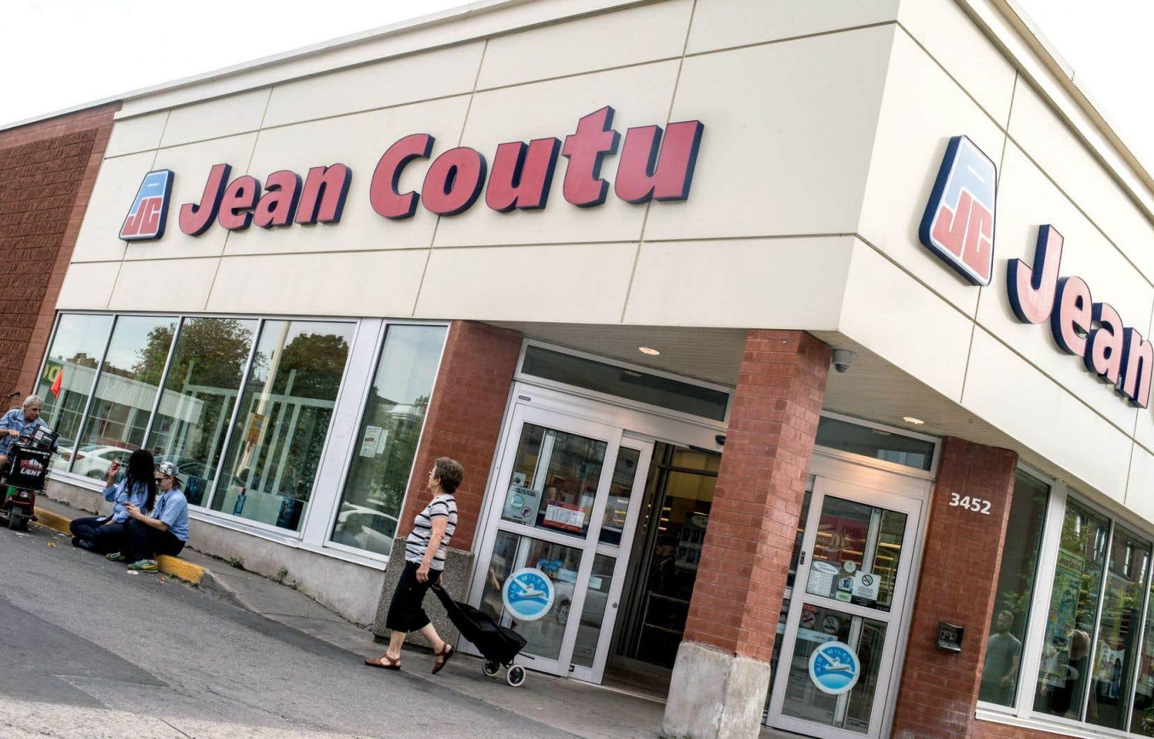 Le réseau de Jean Coutu possède 382 pharmacies à travers la province.