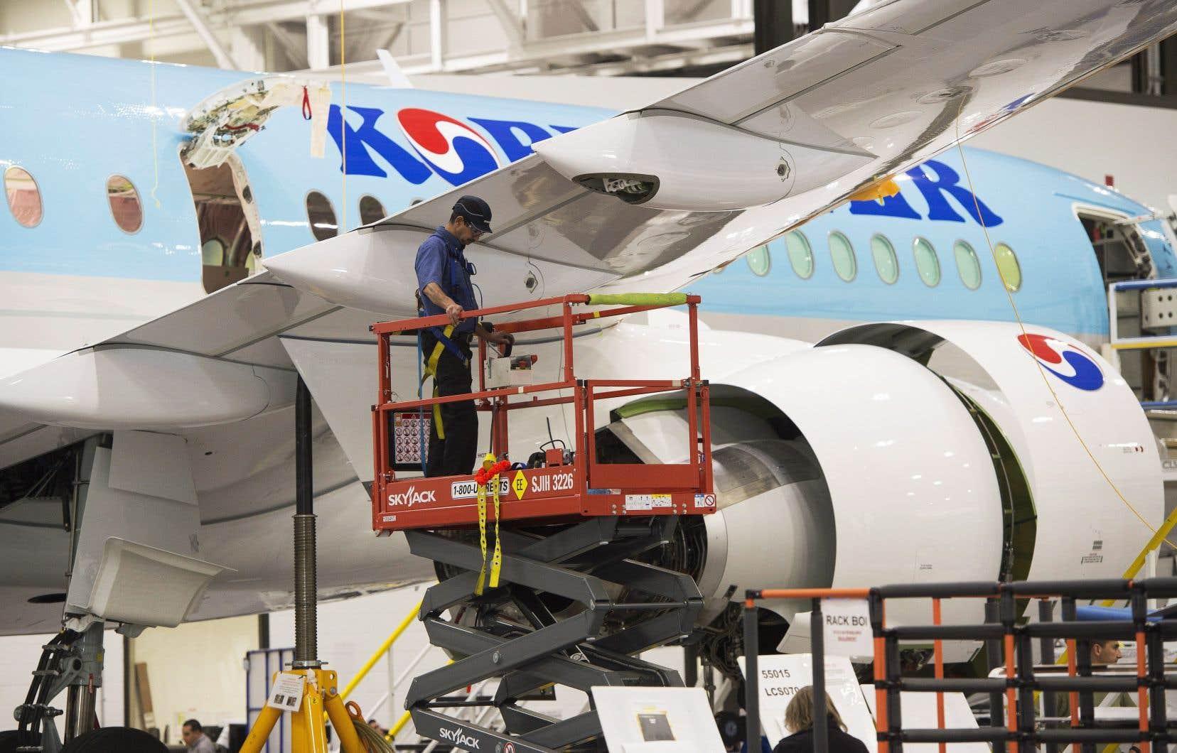 Bombardier Transport, qui possède notamment des installations à Crespin, en France, a généré en 2016 des revenus de 7,6milliards de dollars.