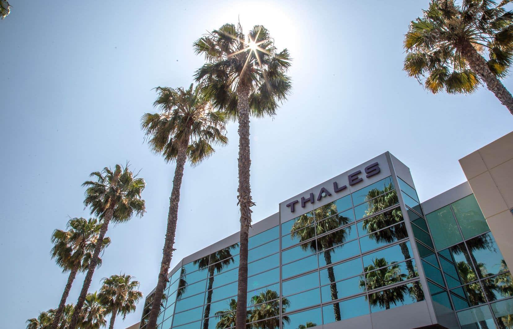 La compagnie emploie 64000 personnes dans ses bureaux à travers le monde, notamment à Irvine en Californie.