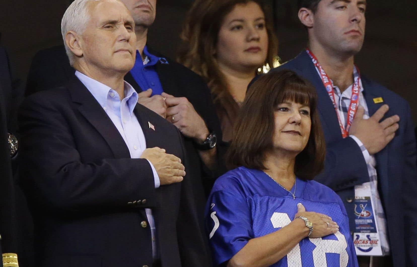 Le vice-président américain, Mike Pence, et sa femme Karen