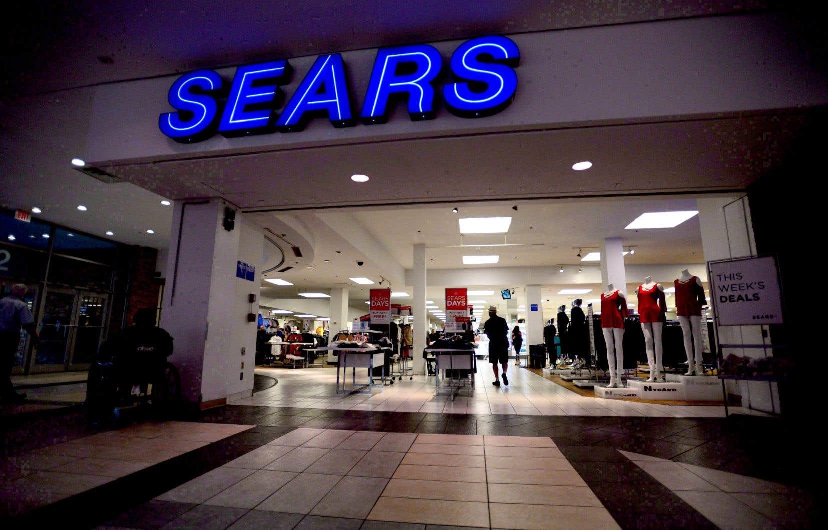 Sears Canada a déclaré qu'«après avoir déployé des efforts considérables», elle n'avait reçu «aucune proposition viable permettant la continuité de ses activités».
