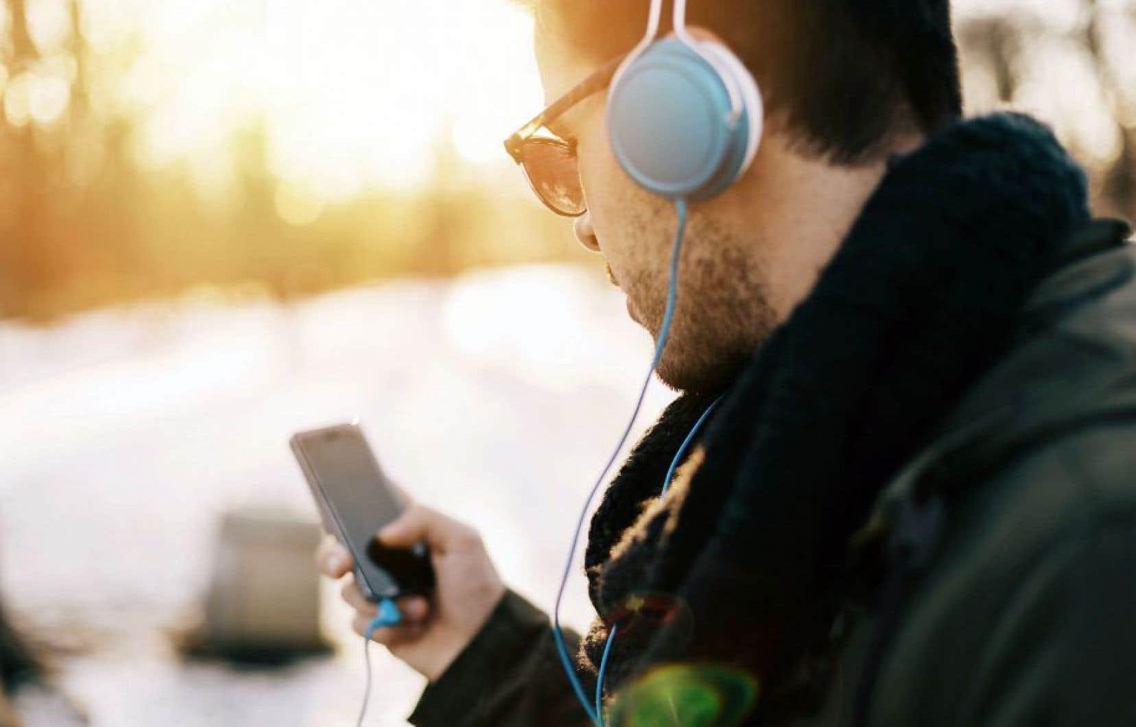 Le régime de copie privée doit être étendu aux téléphones intelligents et aux tablettes, croit l'organisme chargé de prélever les droits.