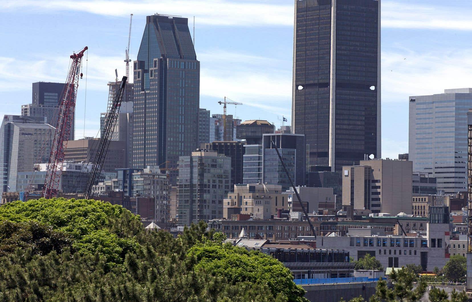 Le représentant des commerçants, Denis Poulin, veut faire du centre-ville un petit Manhattan.
