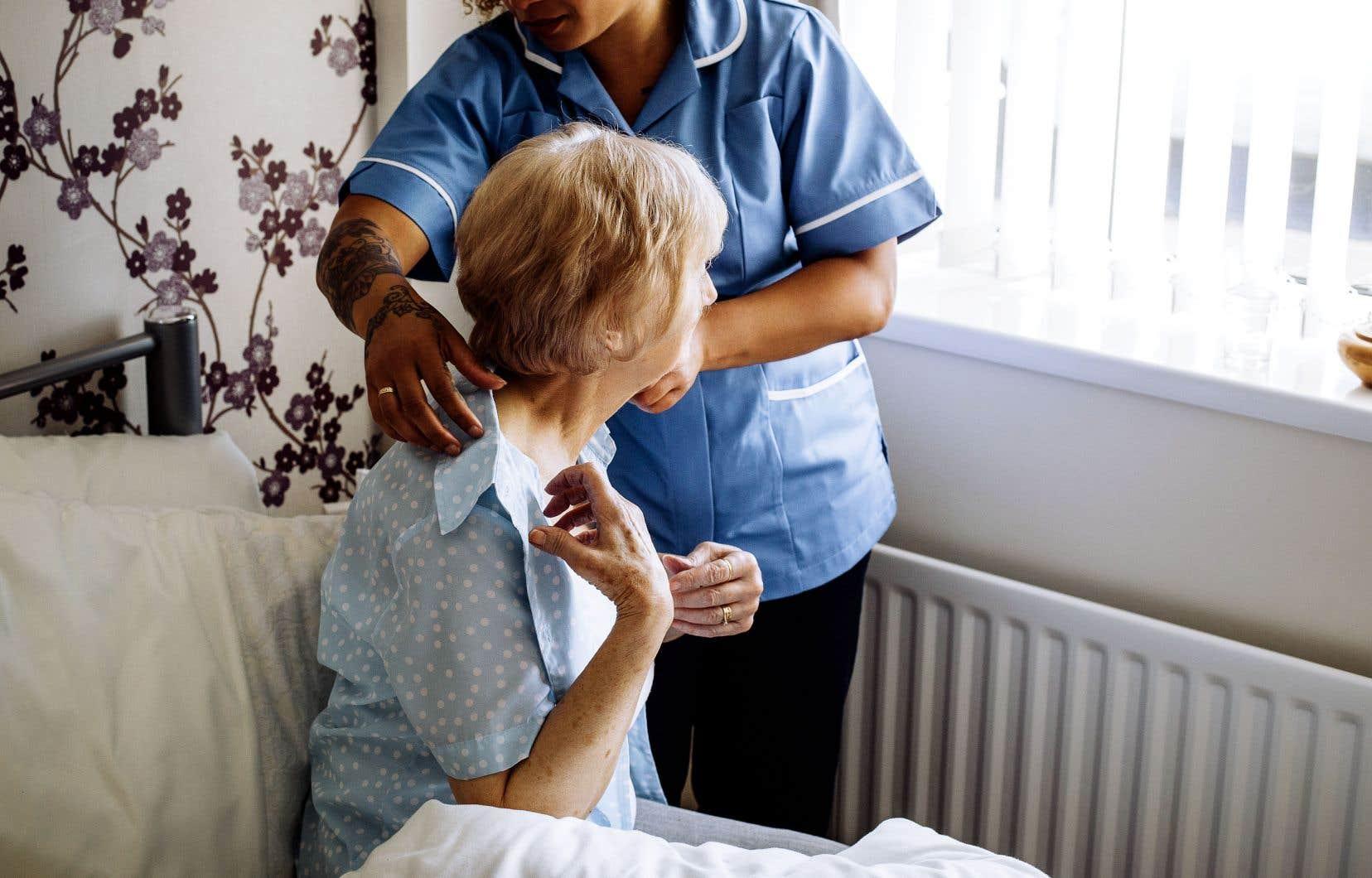 Le système d'entreprises d'économie sociale en aide à domicile, en place depuis 20 ans, compte 7800 préposés à l'aide à domicile qui offrent des services à 100000 personnes.