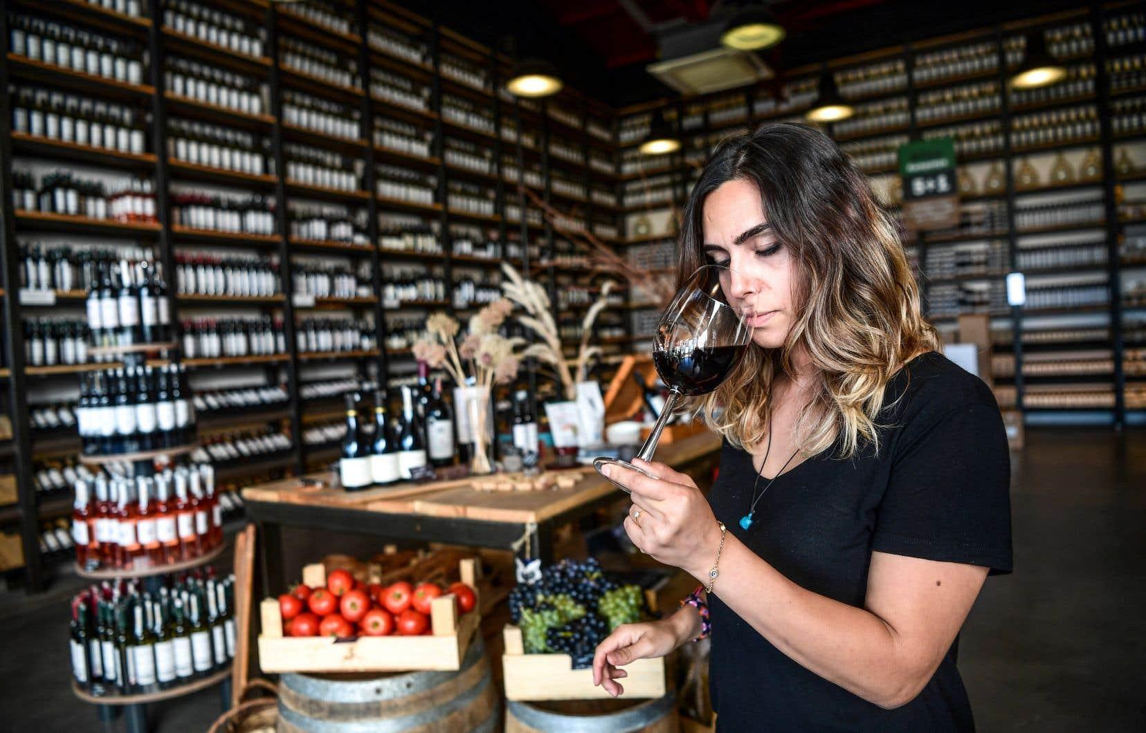 Seuls 0,05% de la production mondiale de vin et 0,06% de la consommation mondiale ont lieu en Turquie, selon l'Institut du vin basé en Californie.