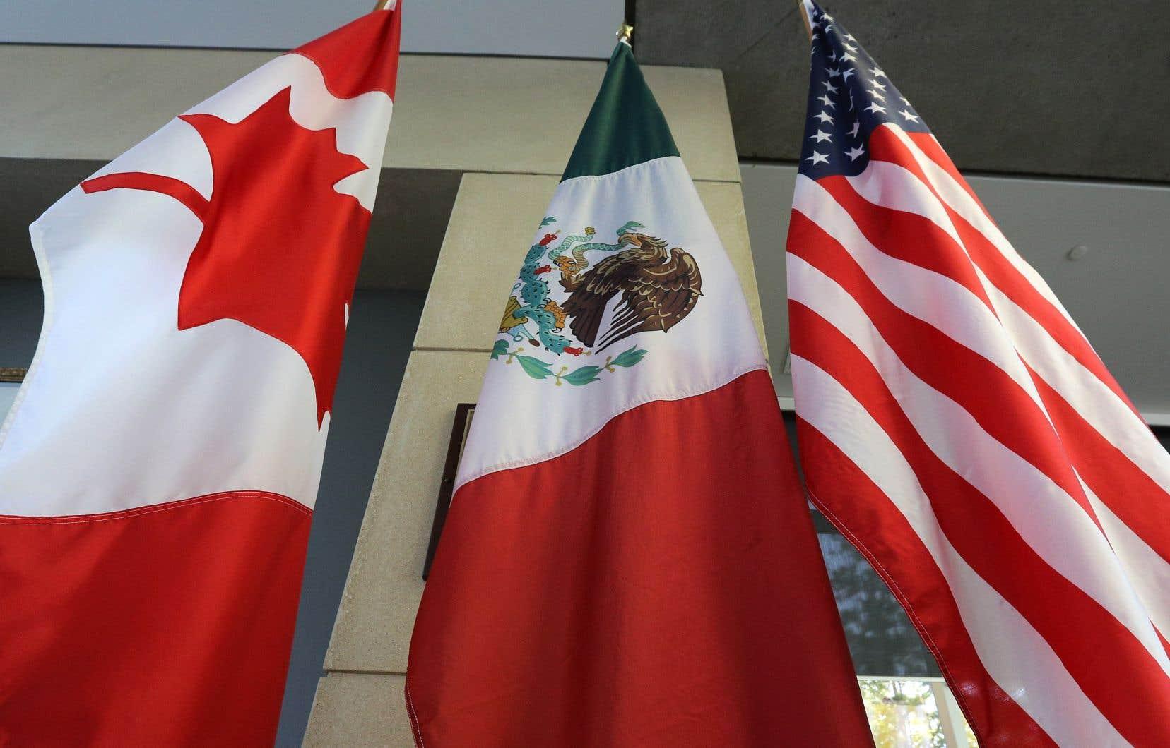 Le document américain suggère plutôt d'utiliser l'ALENA pour renforcer l'économie mexicaine, ce qui stimulerait ensuite les importations de biens américains.<br />
