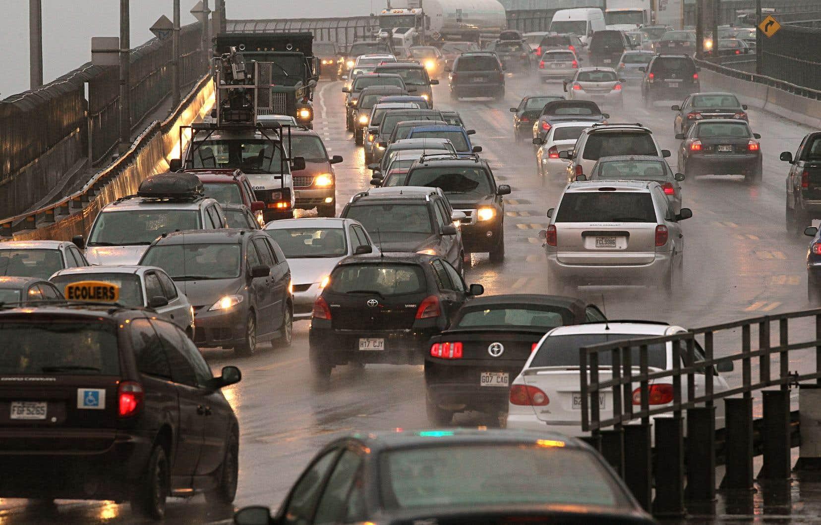 Seulement 20000 véhicules électriques arpentent les routes de la province, actuellement. Le gouvernement s'est donné comme objectif d'élever ce nombre à 100000 d'ici 2020.
