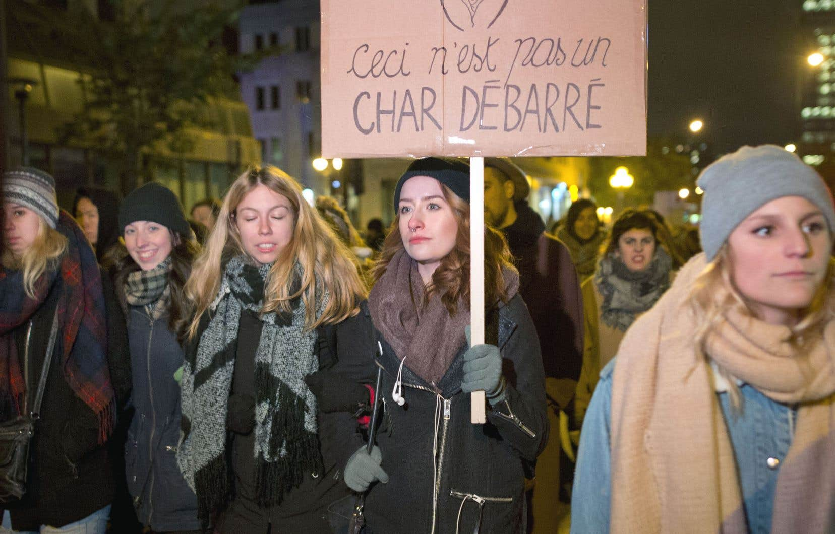 Manifestation contre la violence faite aux femmes et les agressions sexuelles à Québec, en octobre 2016