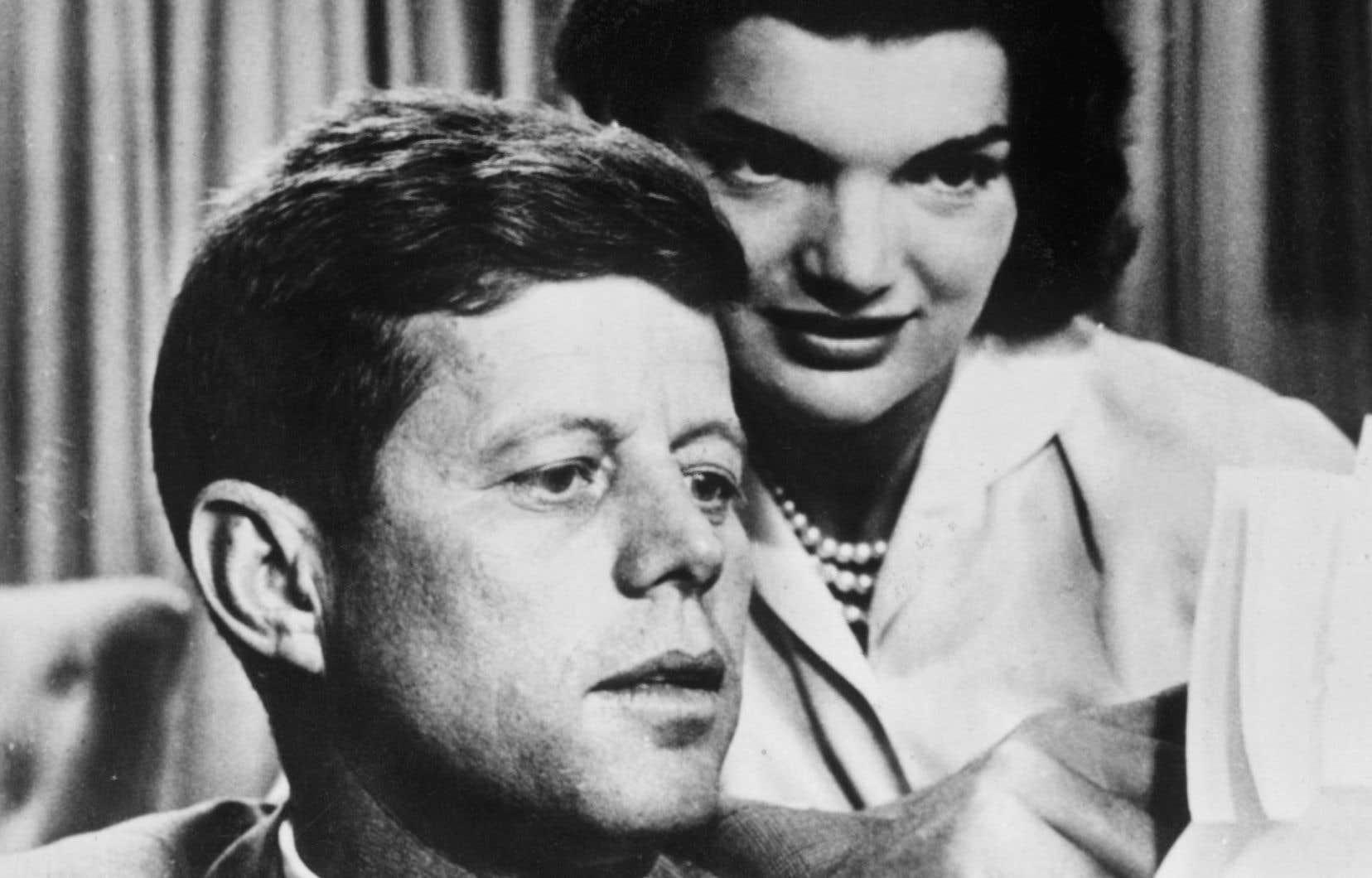 Le président américain John F. Kennedy et sa femme Jacqueline, lors des années 1950