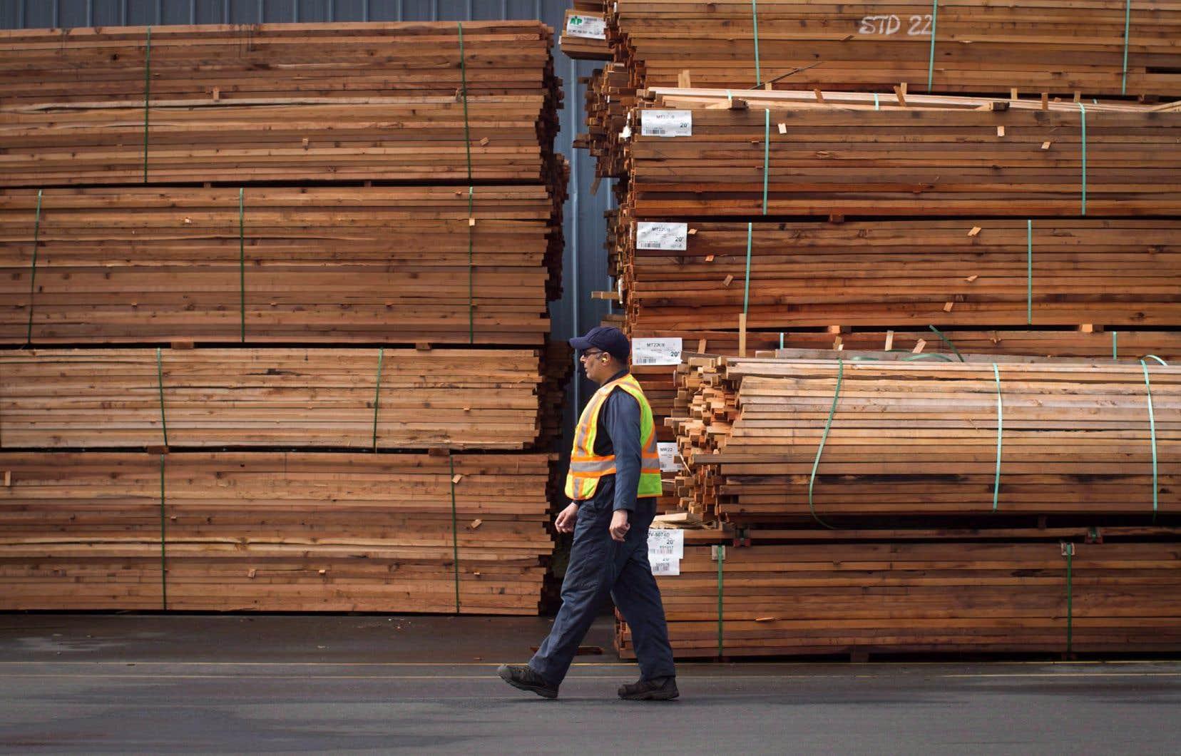 Le département américain du Commerce établit à 20,83% le total des droits compensateurs et antidumping, en baisse par rapport aux tarifs préliminaires combinés de 26,75% décrétés plus tôt cette année.