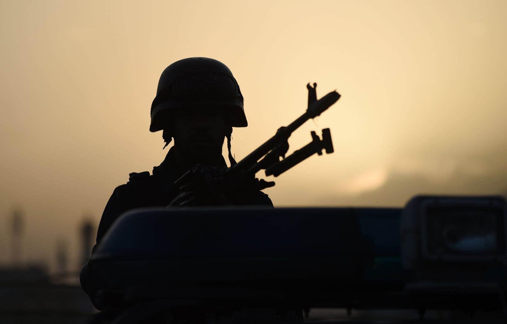 Des soldats américains, mais aussi les forces afghanes et les talibans se sont possiblement rendus coupables d'exactions, selon un rapport publié l'an dernier.