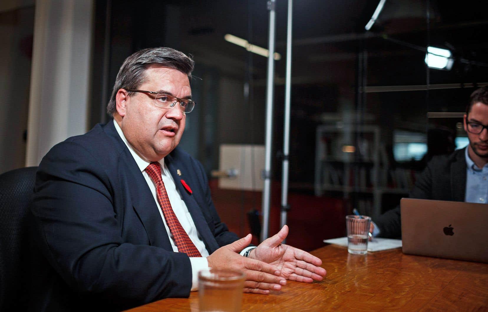 Le maire sortant Denis Coderre s'est rendu dans les bureaux du «Devoir» vendredi après-midi pour rencontrer les journalistes en table éditoriale.