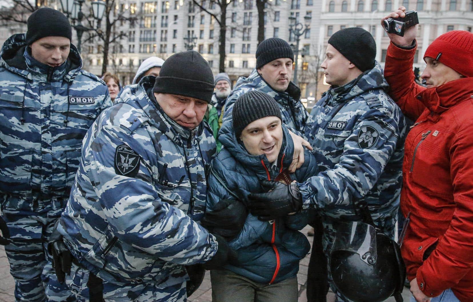 L'ONG russe OVD-Info, spécialisée dans le suivi des arrestations, a fait état de 380 arrestations, dont 346 à Moscou.